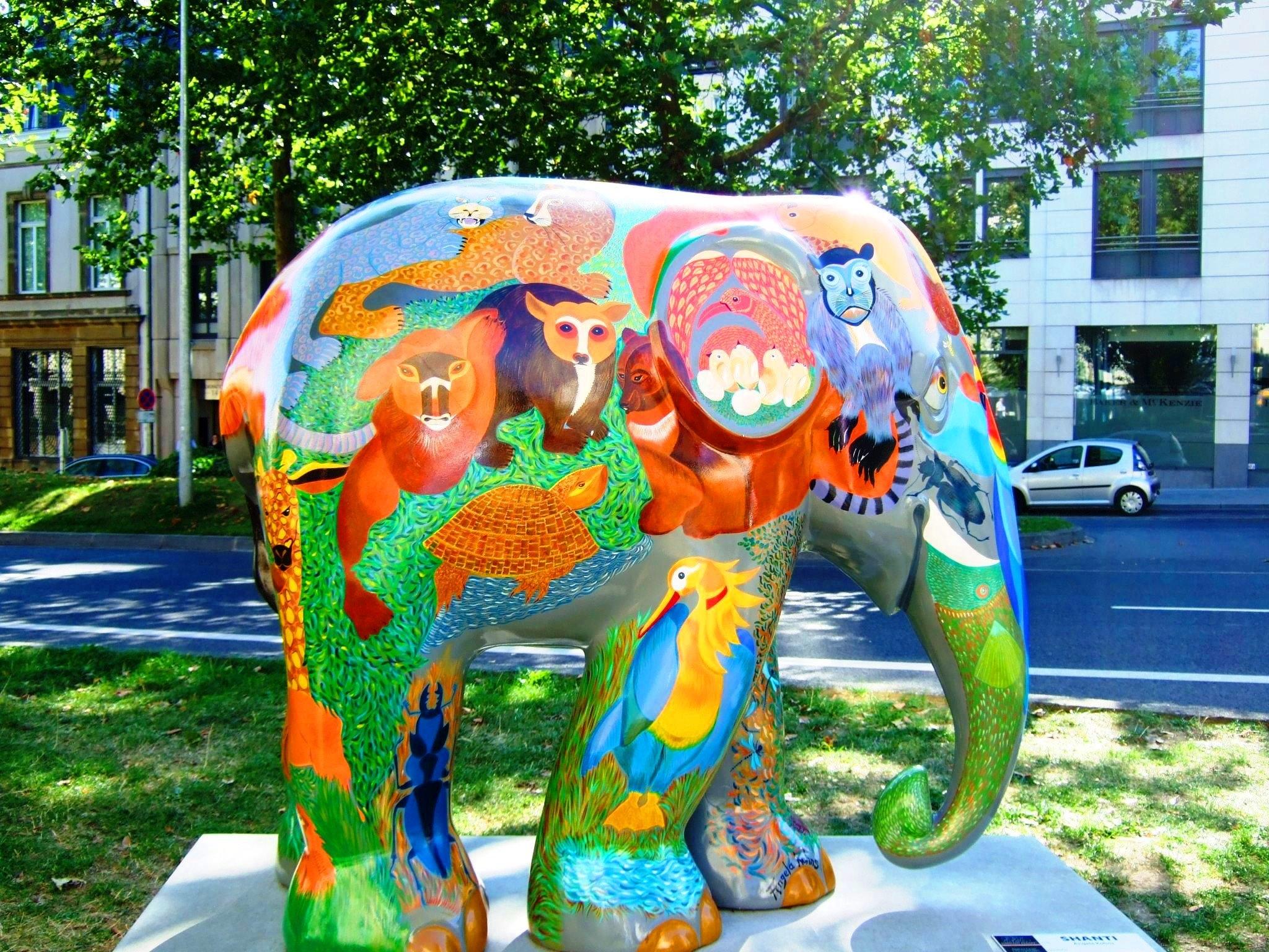 Fotograf Firca Heykel Lunapark Renk Park Boya Renkli Fil