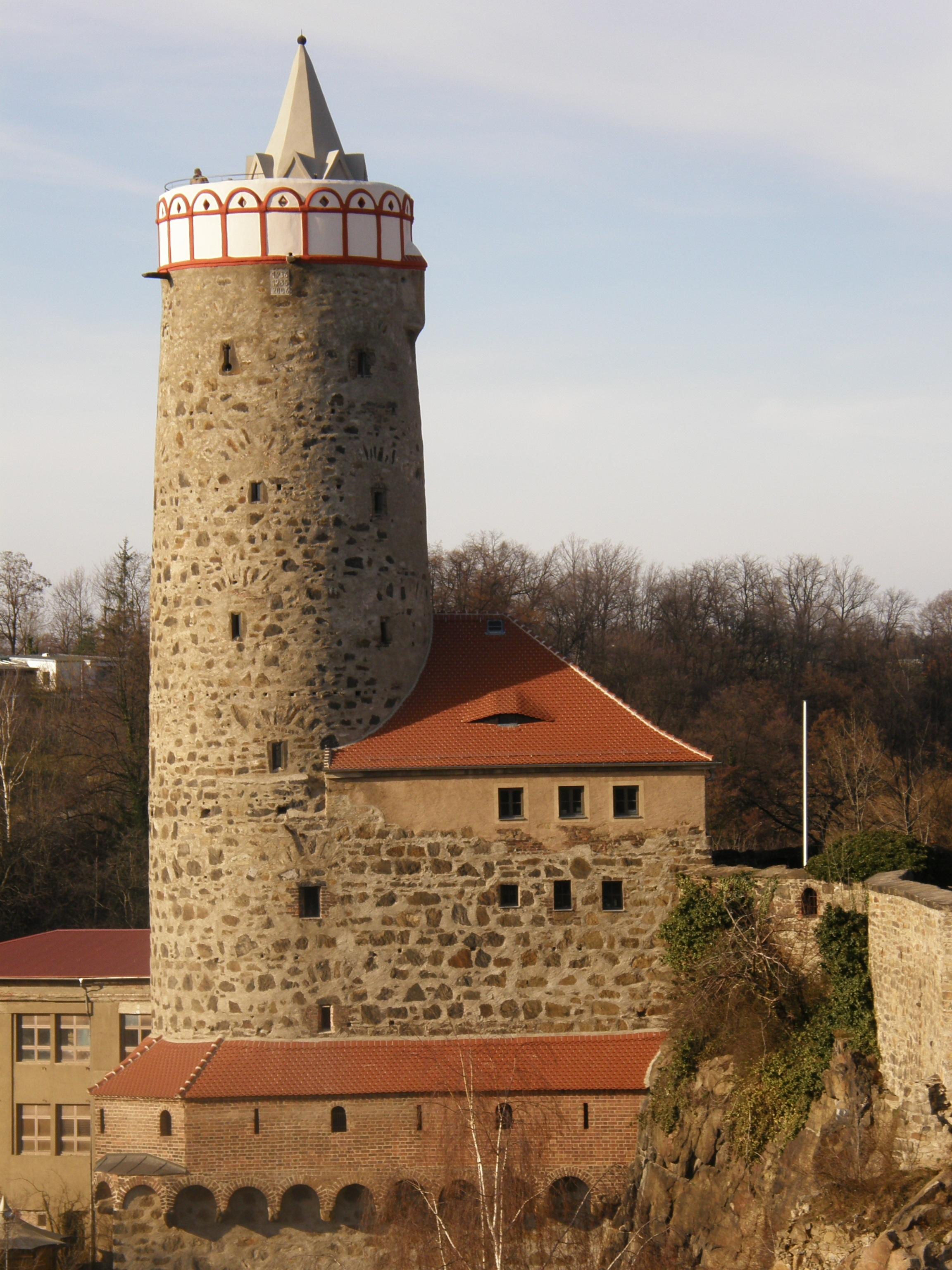 Картинка замка старинного с башнями
