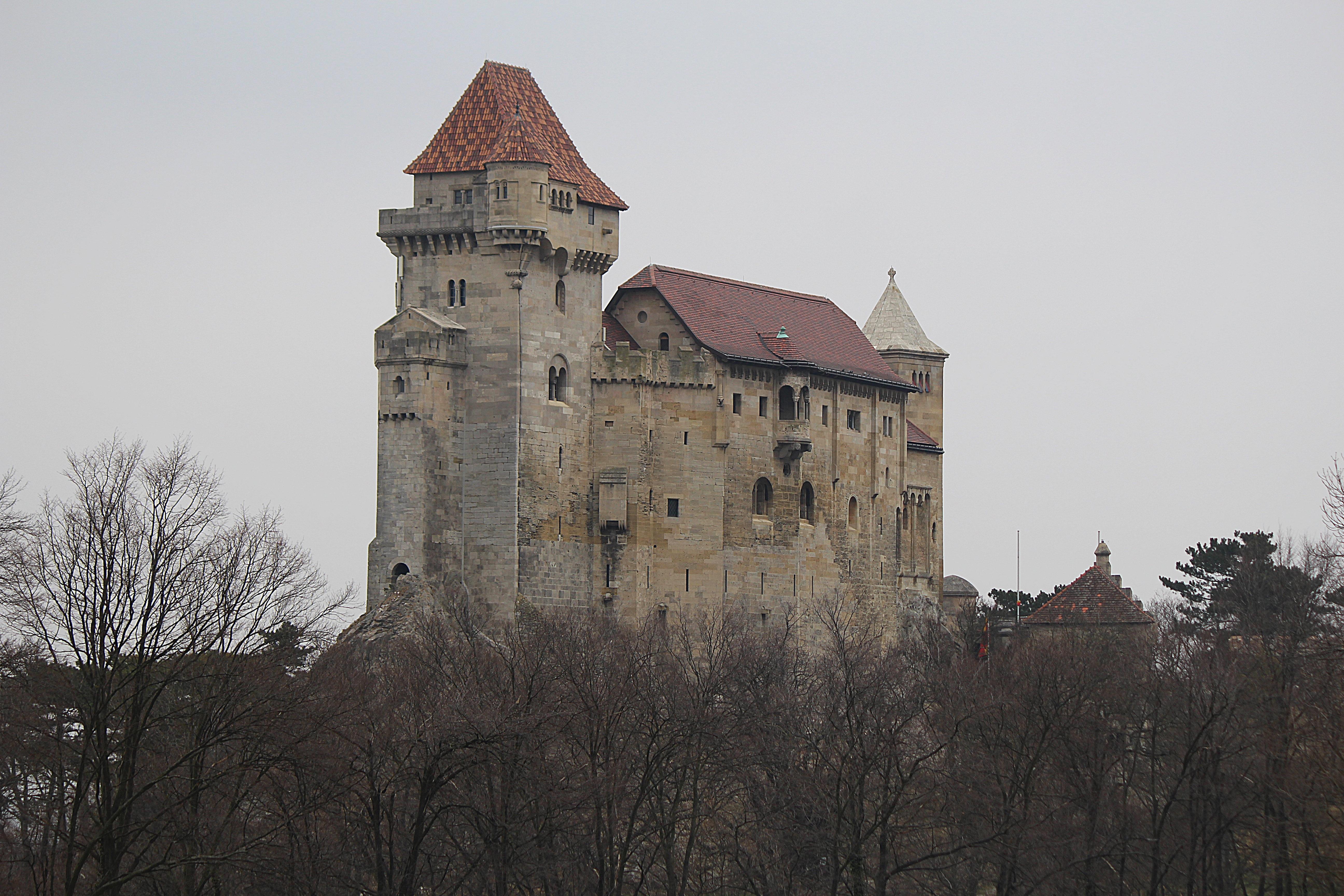 Burg Im Mittelalter Arbeitsblatt : Kostenlose foto gebäude chateau turm schloss