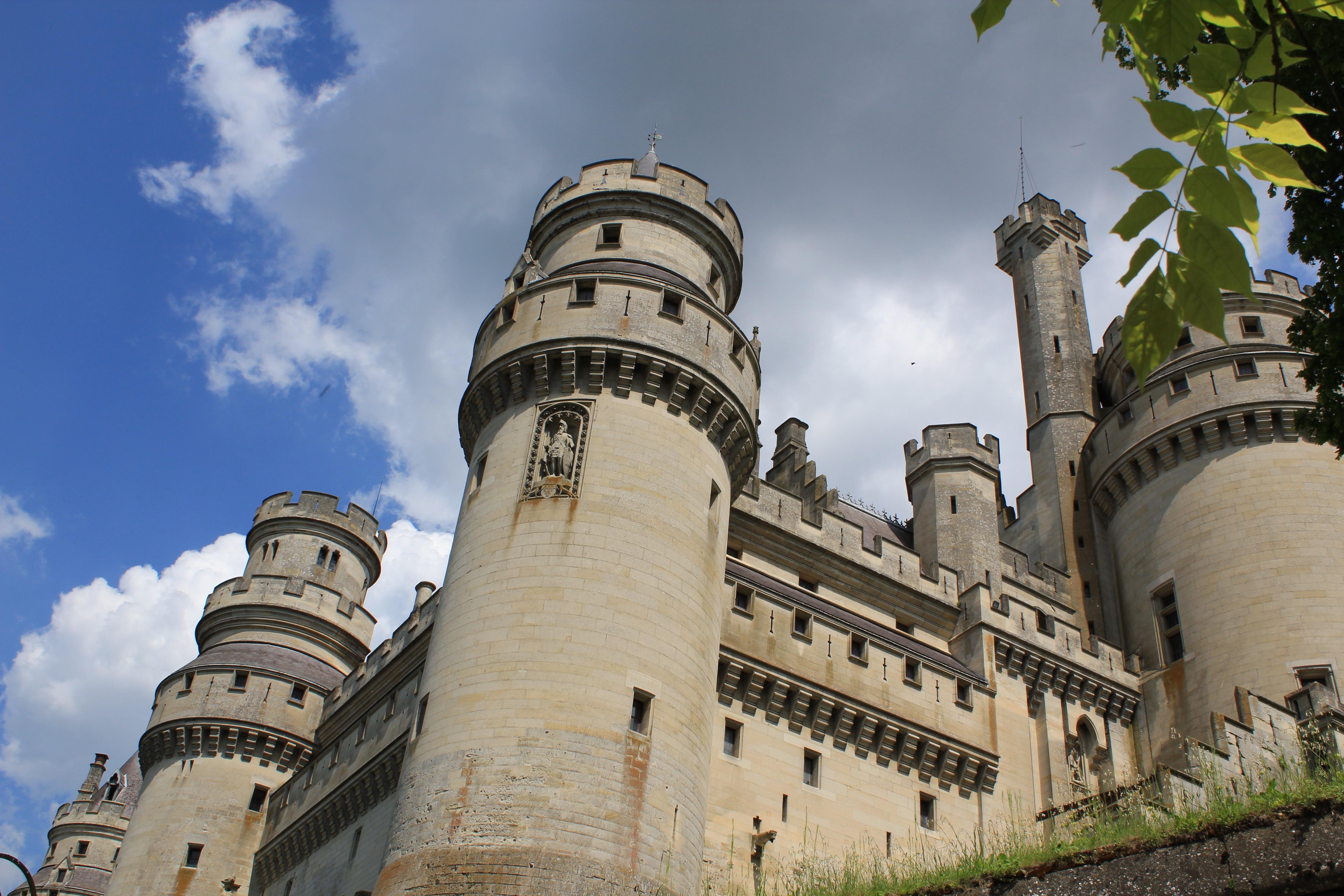 Красивые башни замков картинки