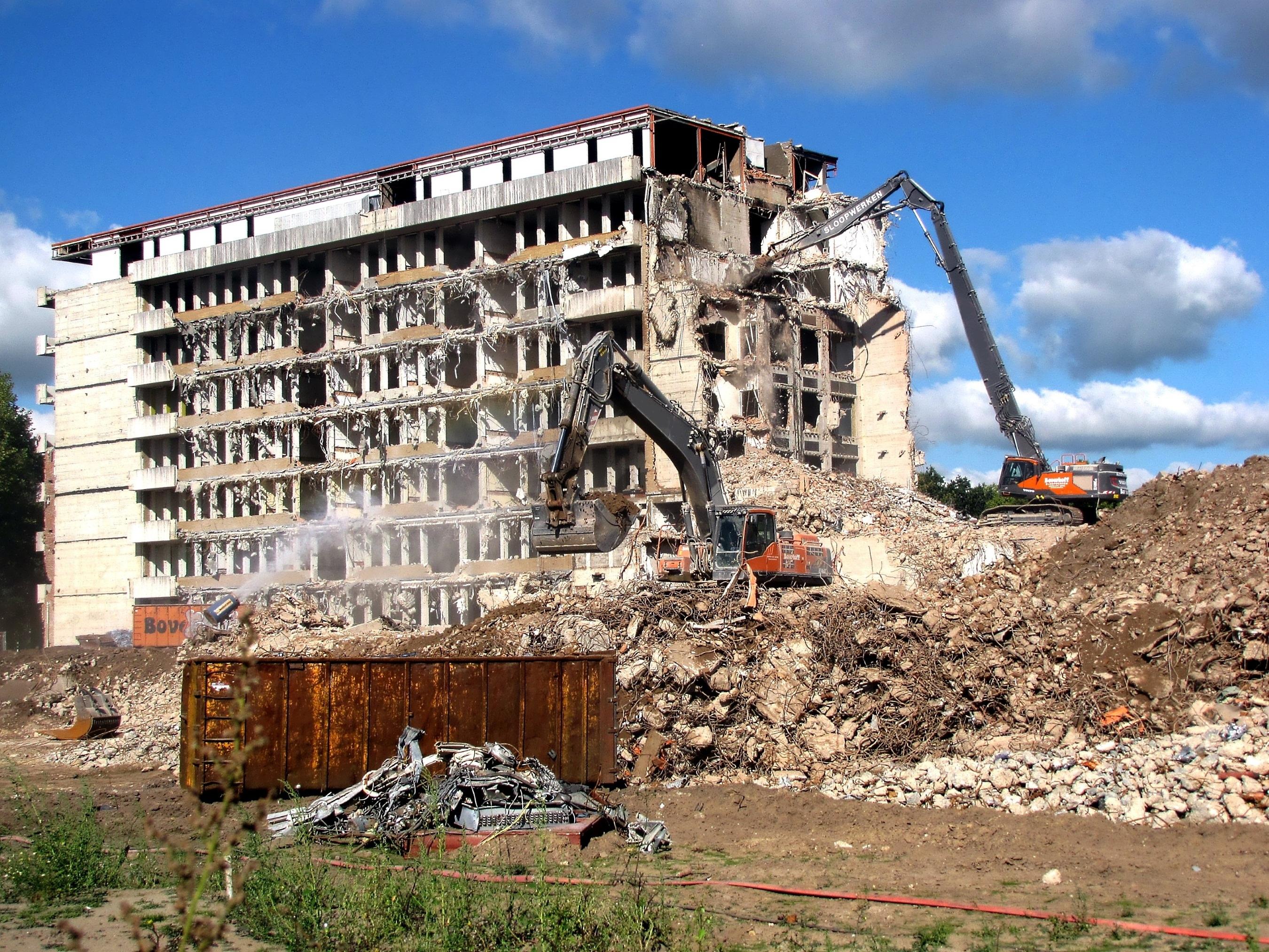 разрушенное здание большое фото всерьез увлекаетесь