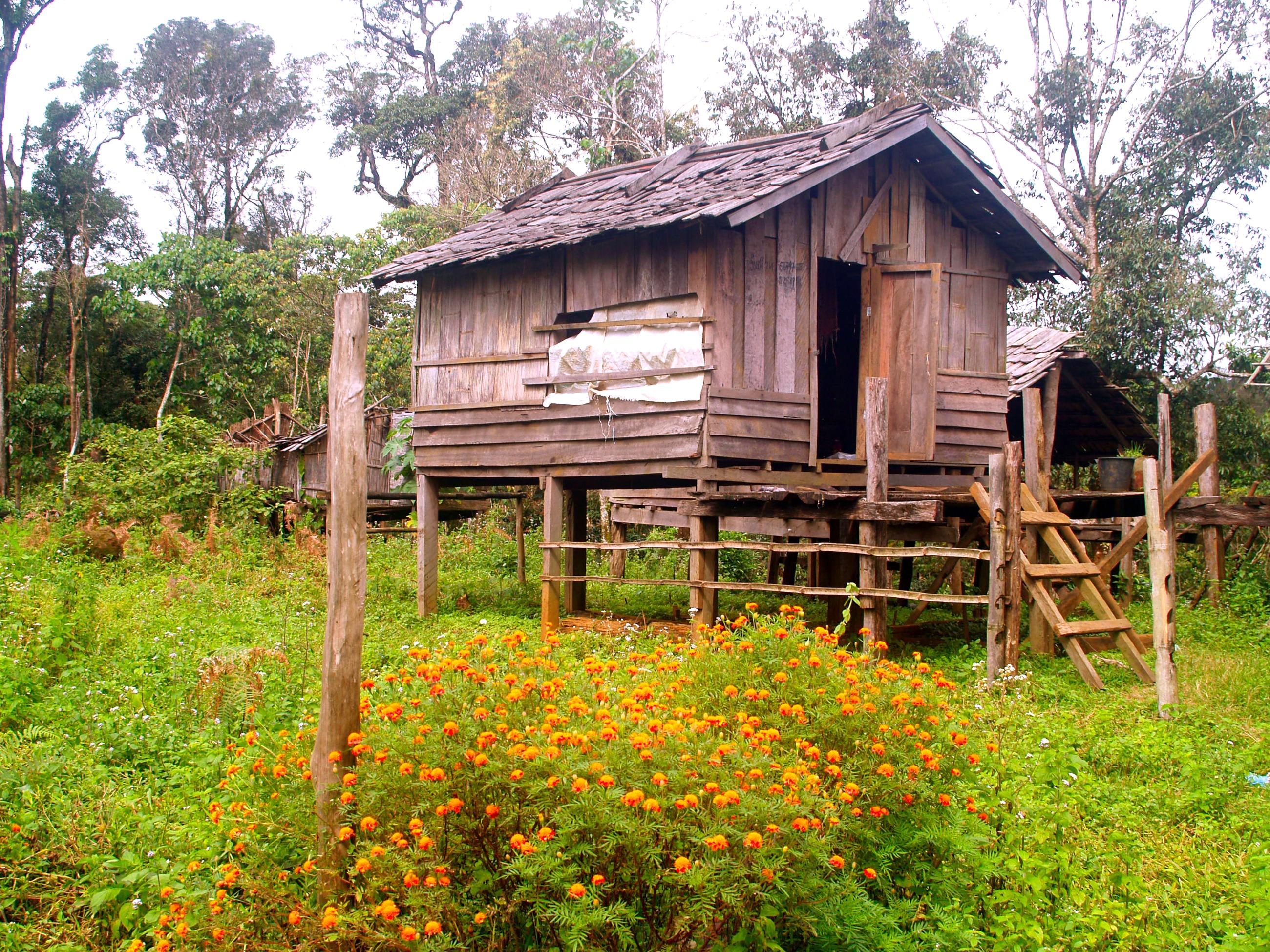 Crannog for Log cabin homes on stilts