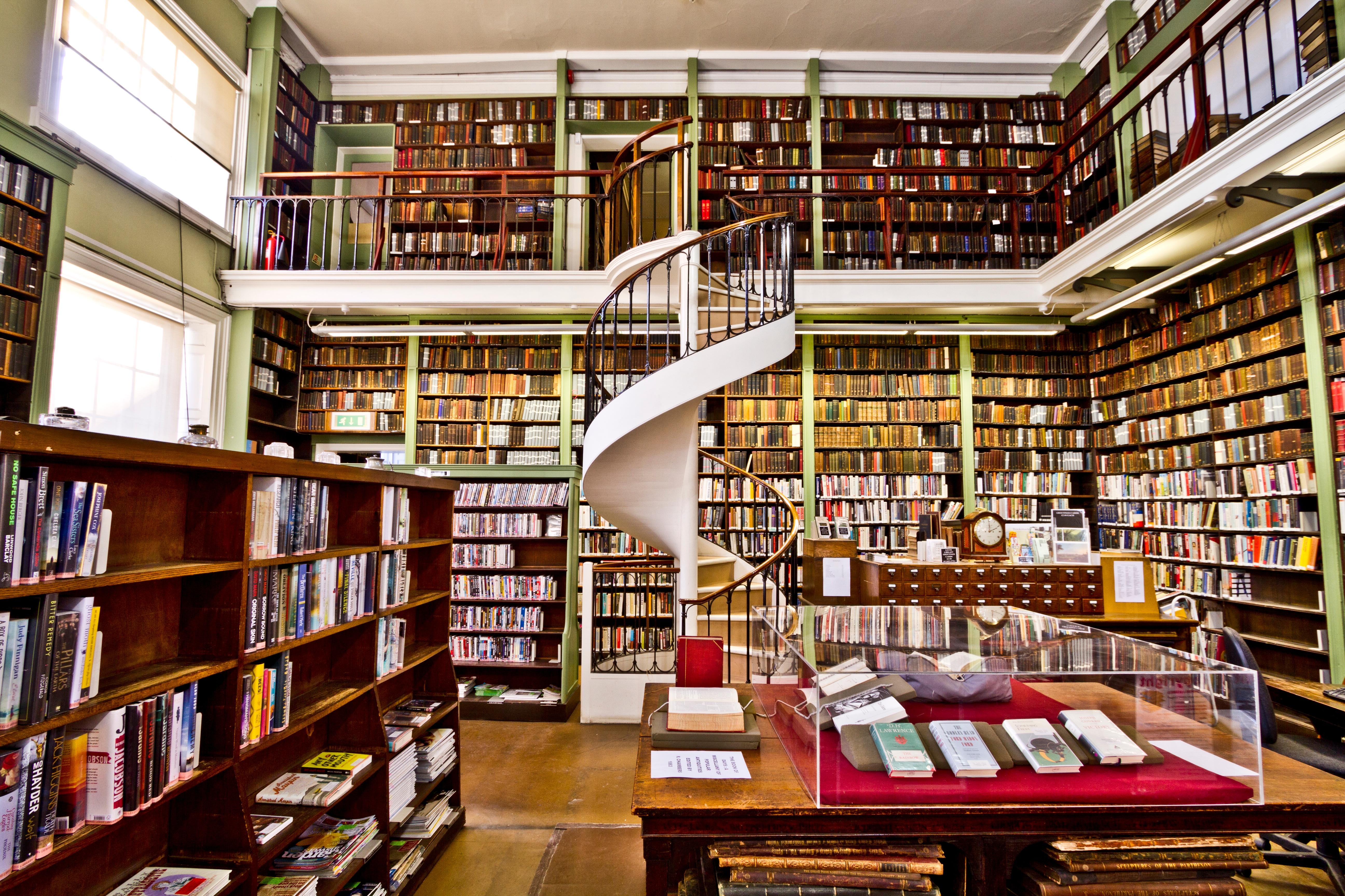 Библиотека на картинках и фотографиях страсбурга