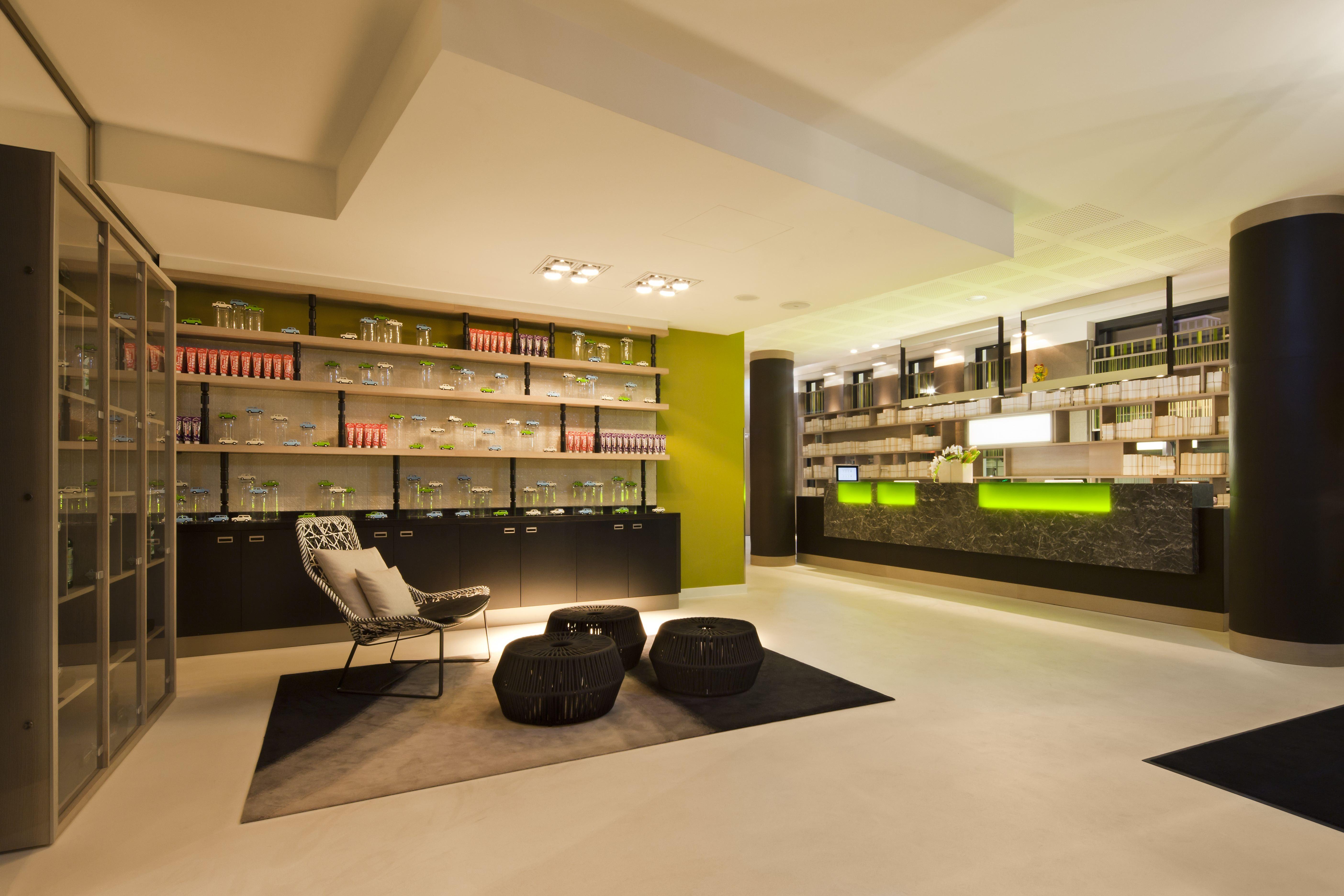 Woonkamer Met Bibliotheek : Gratis afbeeldingen gebouw eigendom woonkamer kamer