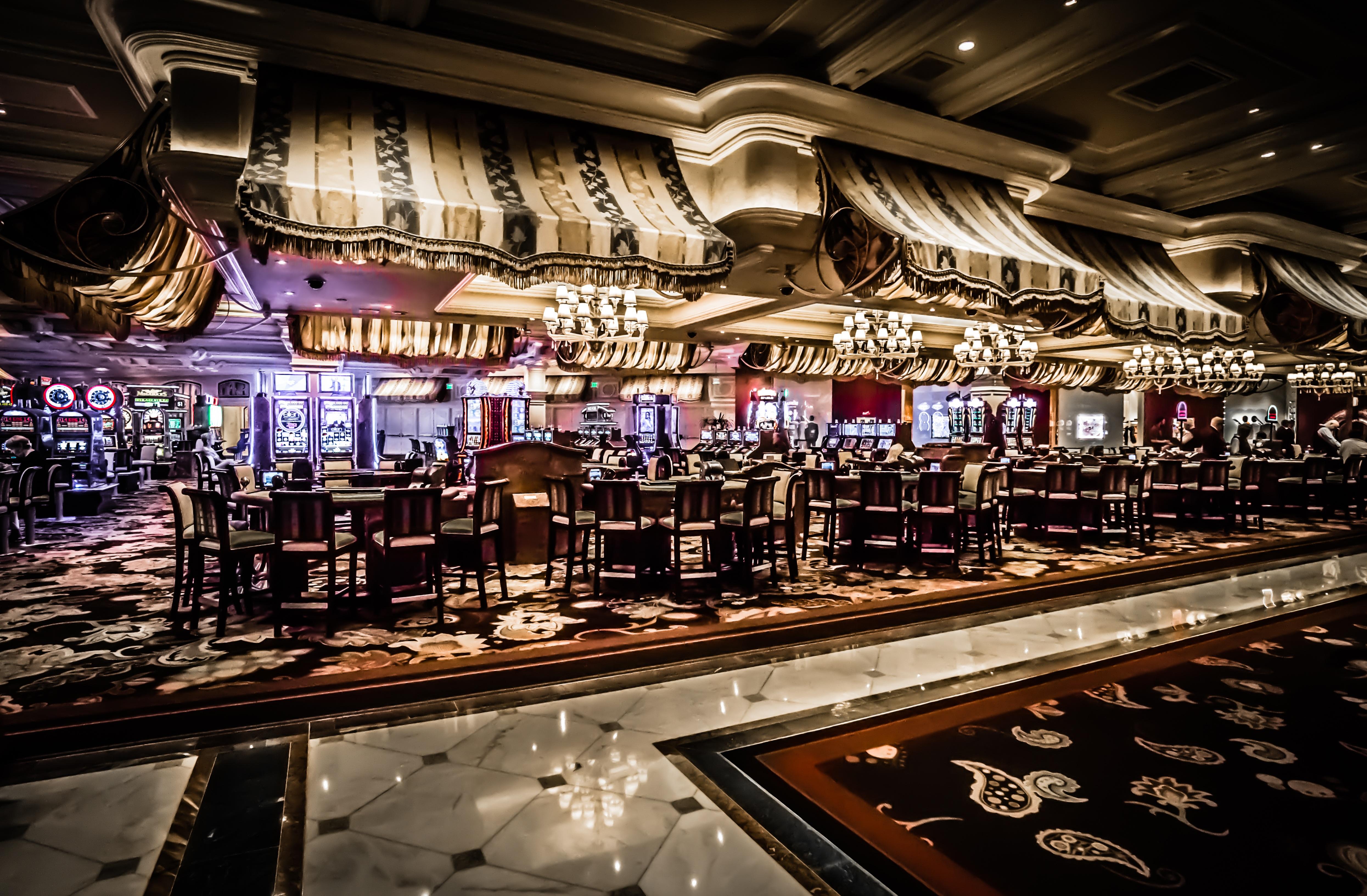 Apologise, club restaurant strip