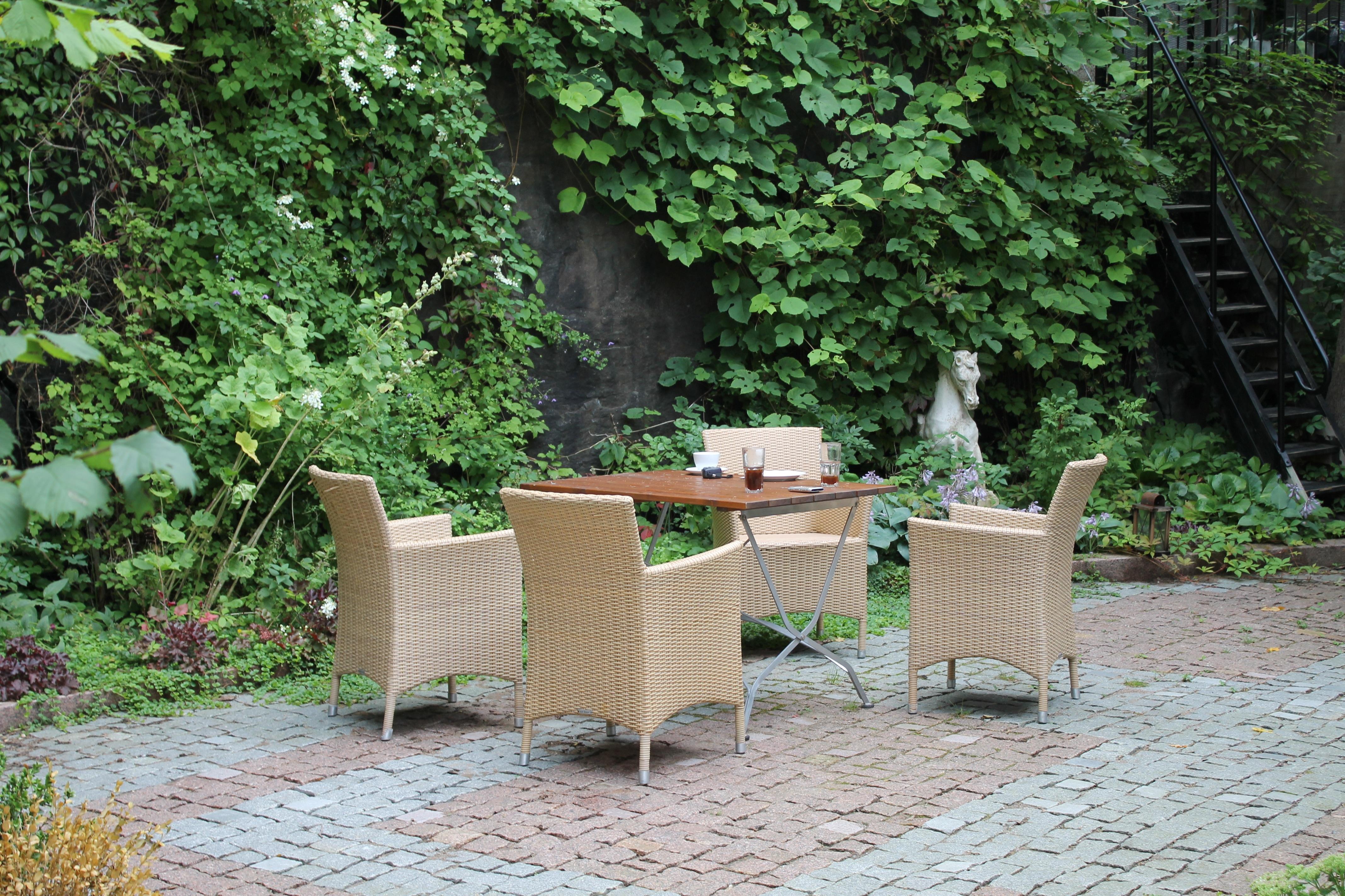 Fotos gratis : cafetería, café, césped, vendimia, flor, restaurante ...