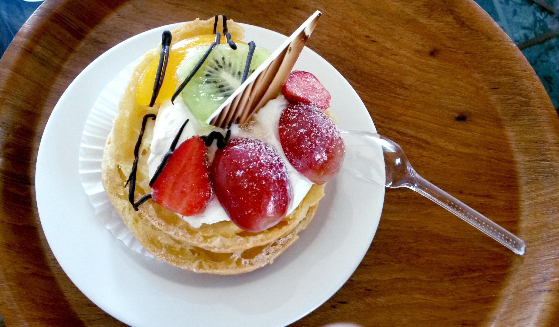 Fotos gratis : cafetería, uva, Fruta, dulce, verano, naranja, plato ...