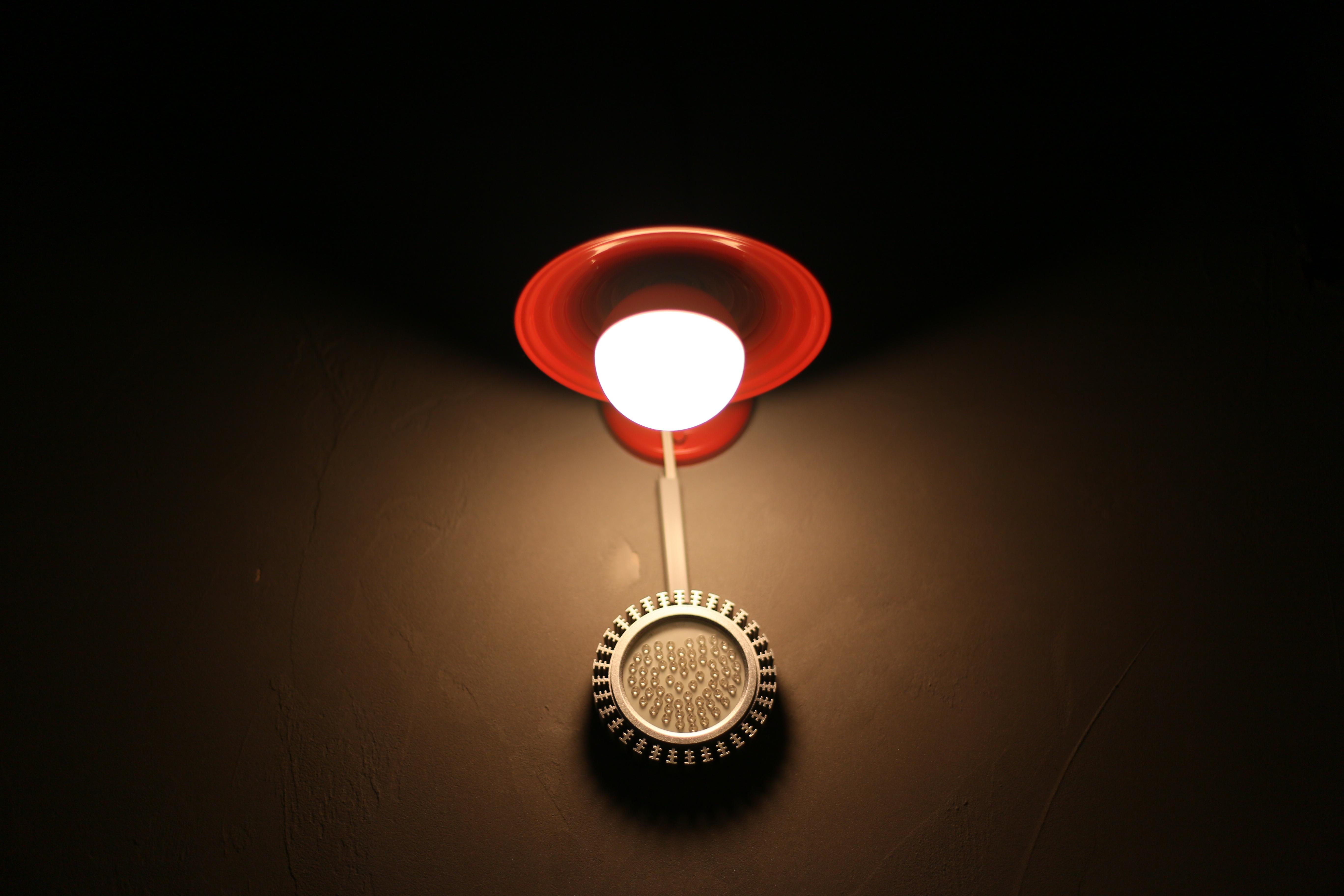 Rood Licht Lamp : Gratis afbeeldingen cafe licht bloemblad interieur atmosfeer