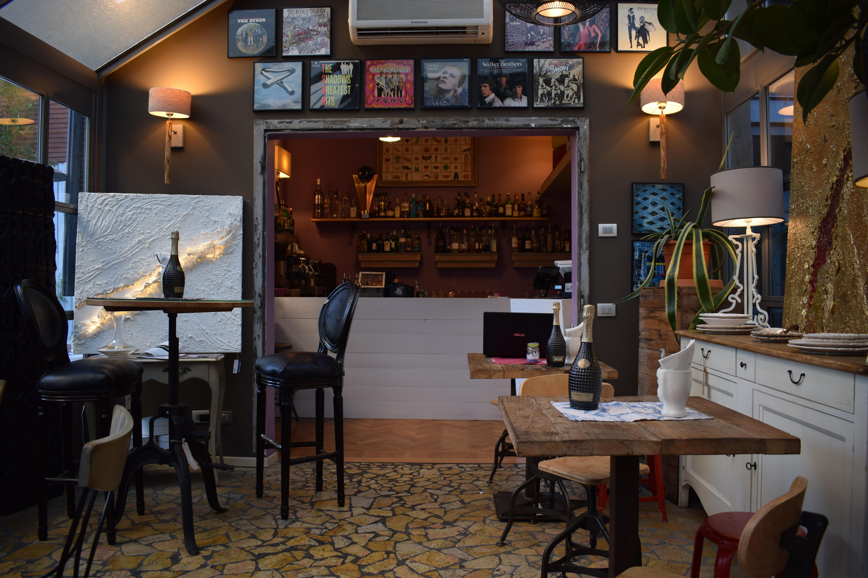 images gratuites : café, restaurant, maison, bar, chambre, design d