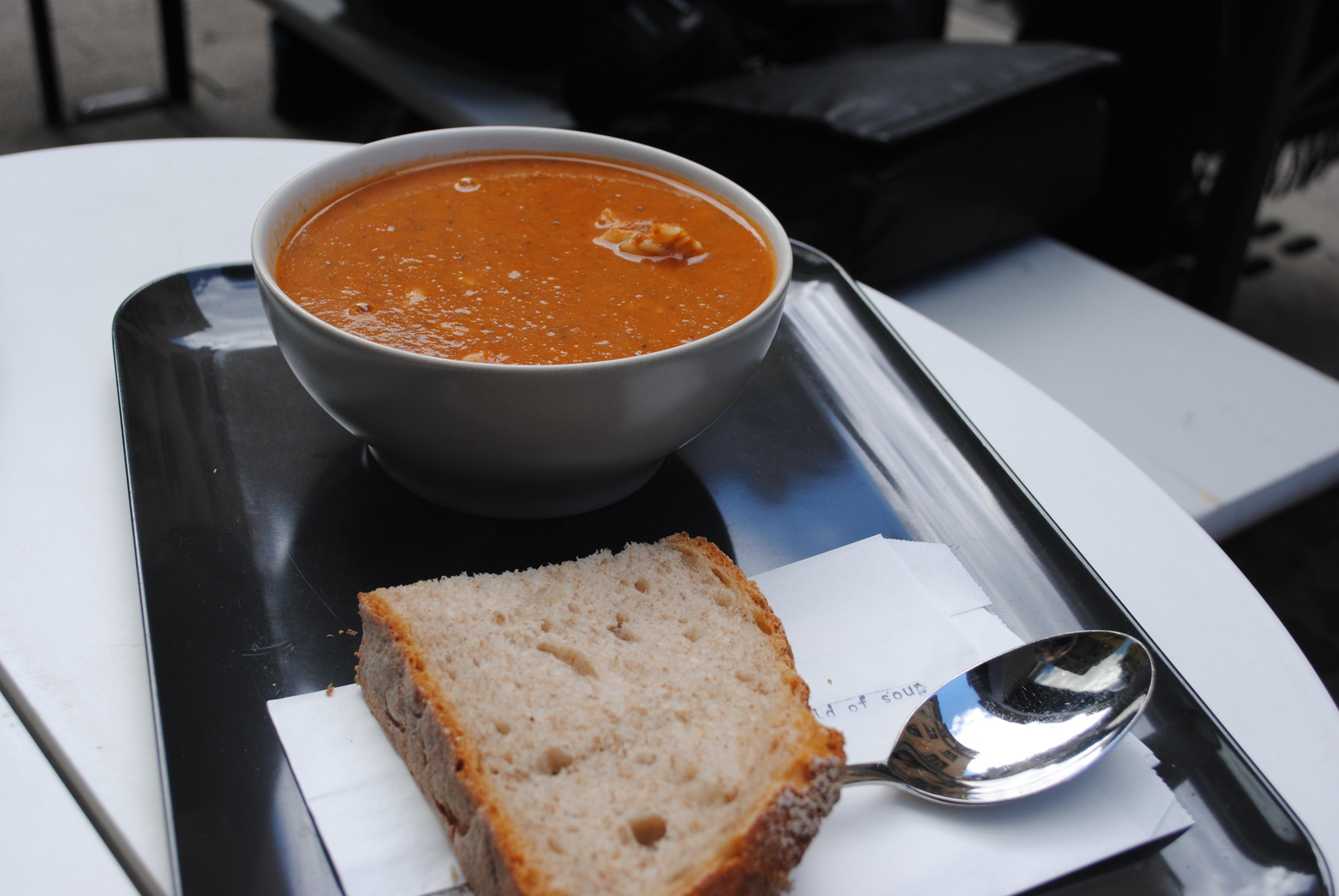 Fotos gratis : cafetería, restaurante, naranja, plato, comida ...