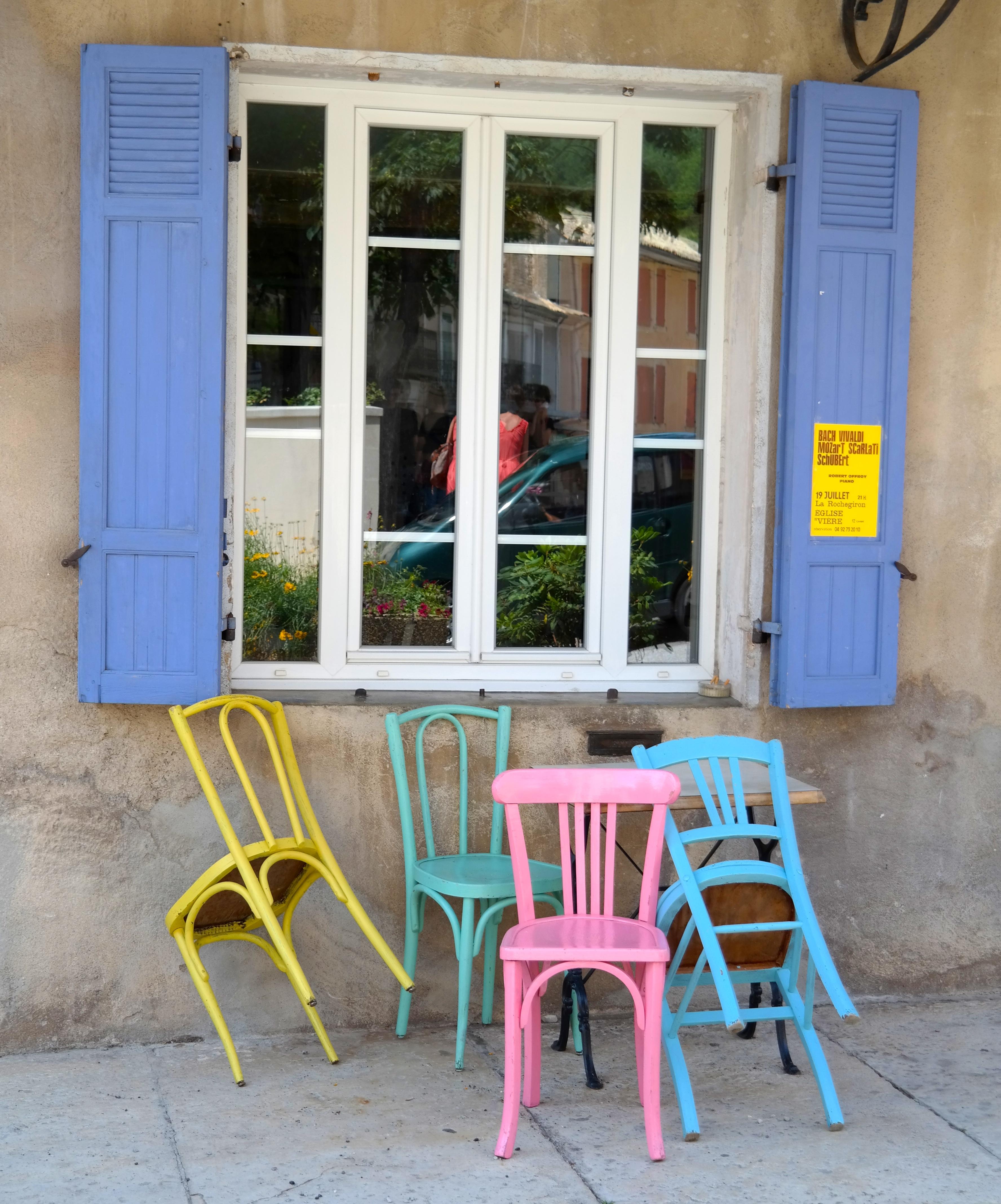 Fotos gratis : cafetería, madera, silla, ventana, casa, porche ...