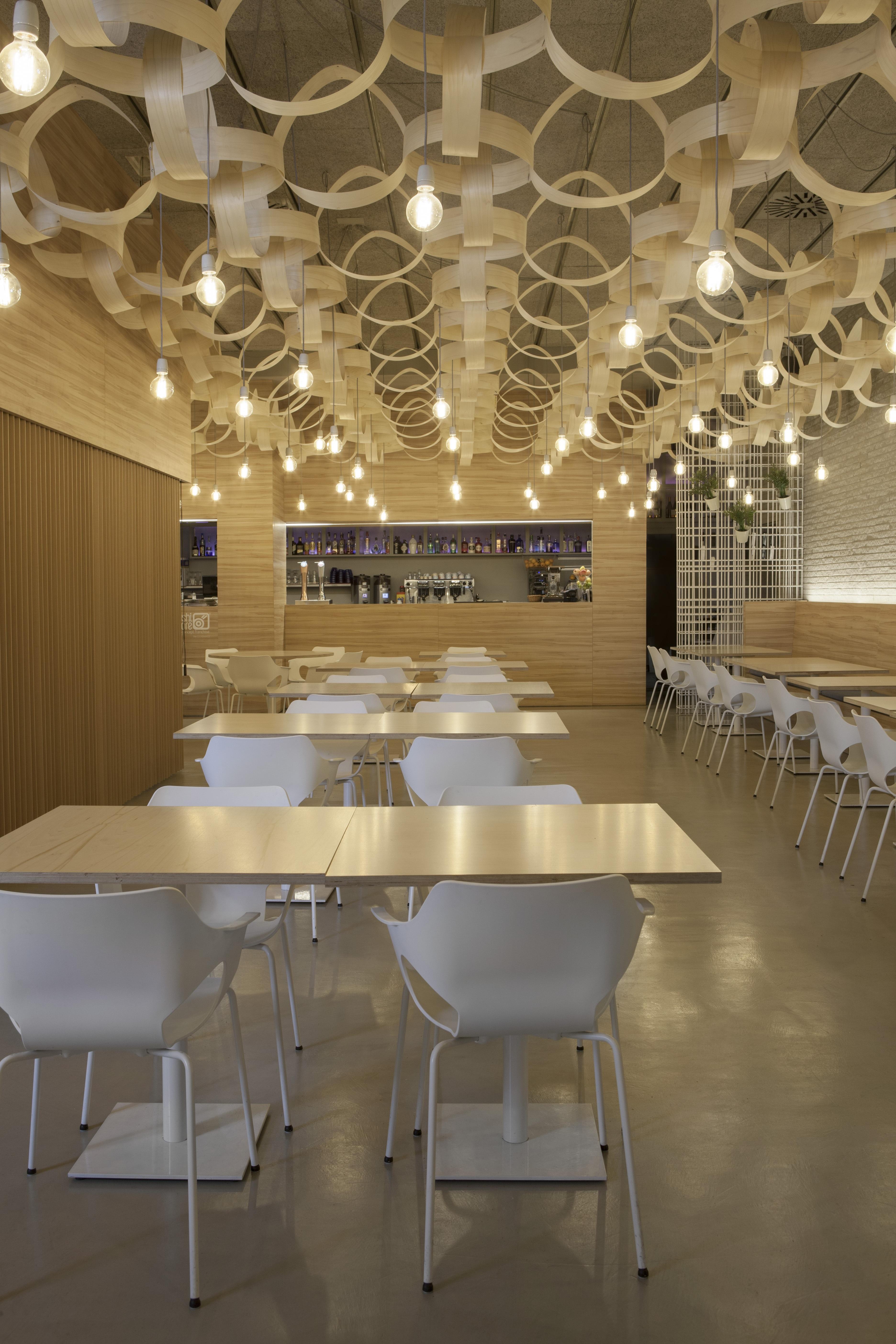 fotos gratis cafetera madera blanco restaurante bar techo decoracin habitacin iluminacin diseo de interiores estar lmparas concepto