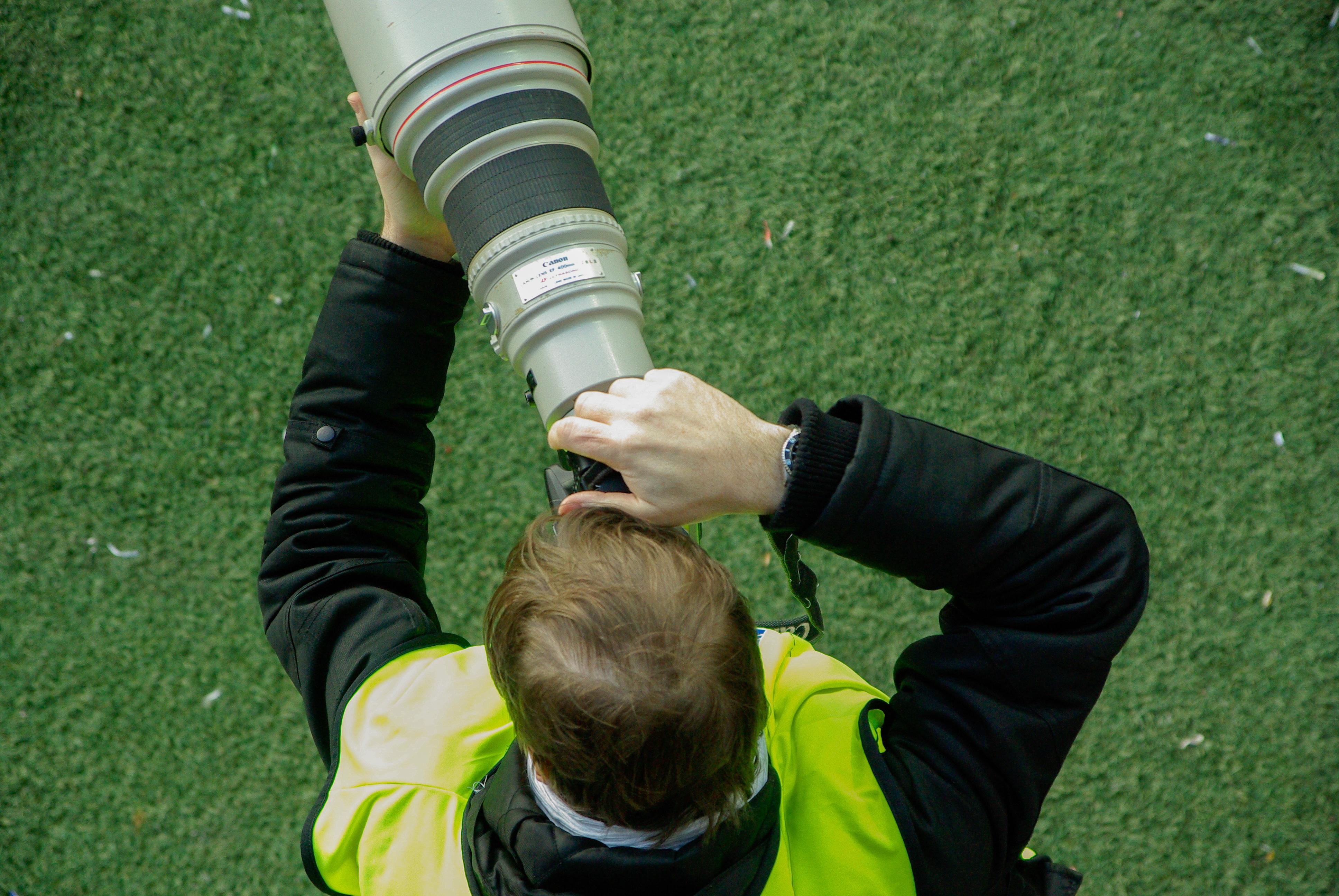 Kostenlose Foto Kamera Fotograf Grun Fussball Spieler