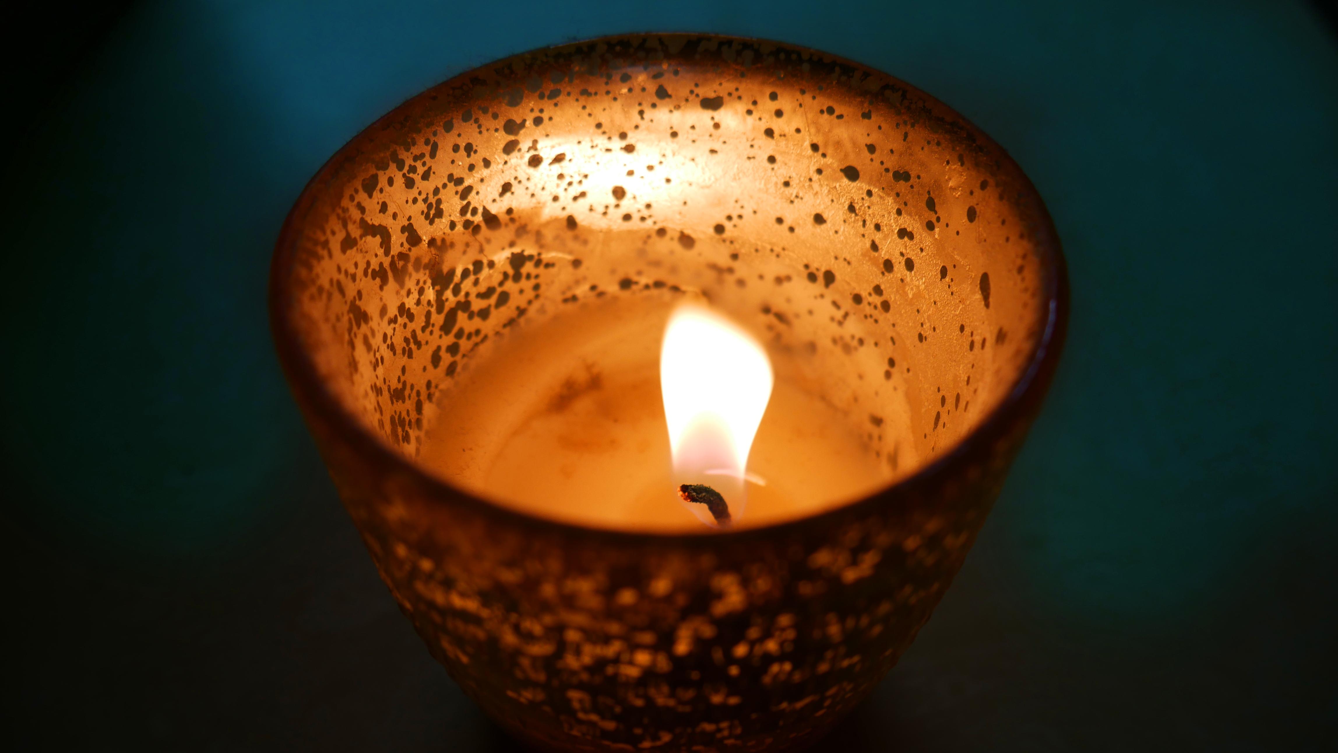 Gratis Afbeeldingen Kaars Licht Lichten Donker Brand