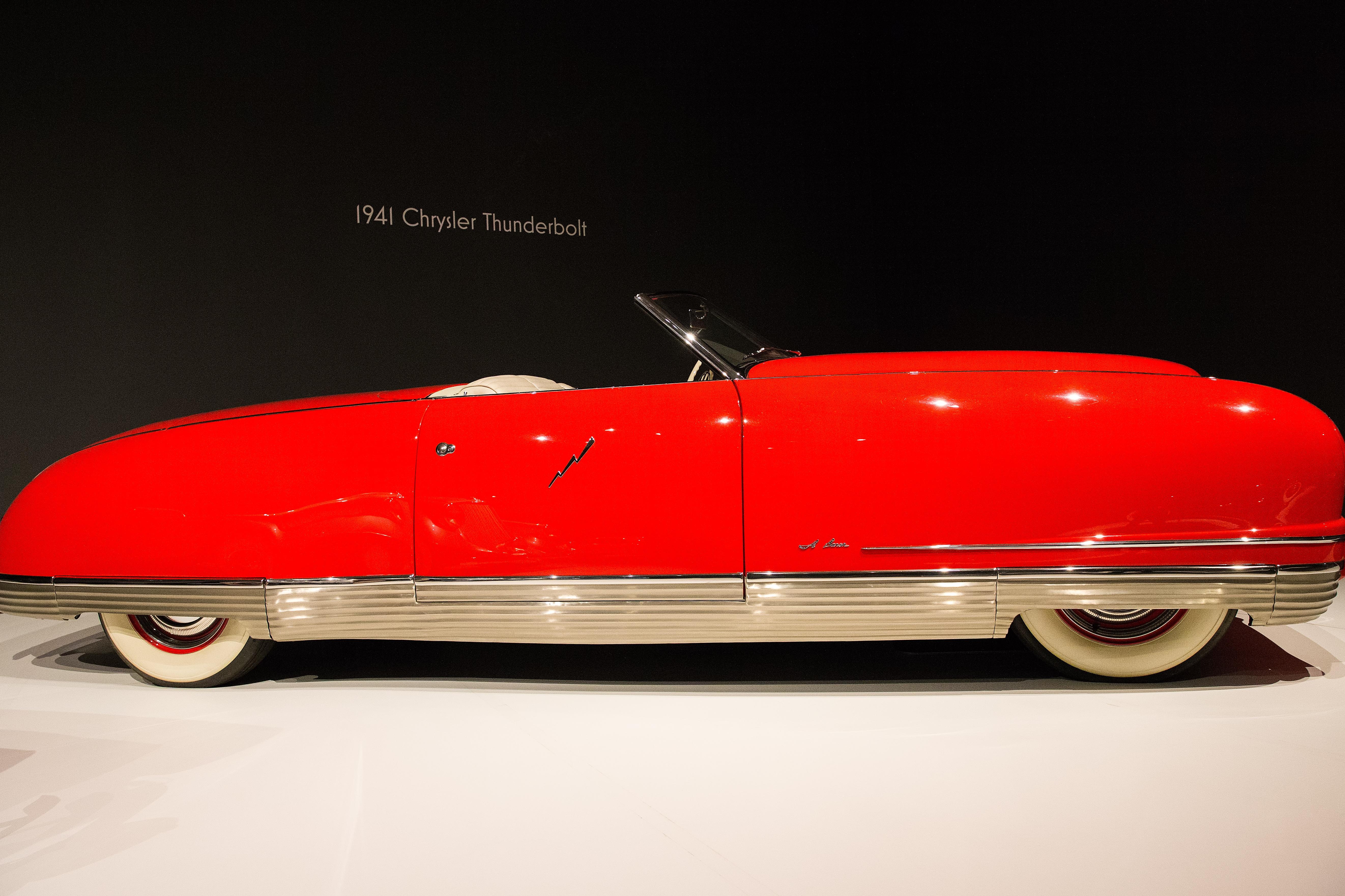 ilmaisia kuvia punainen ajoneuvo museoautojen art deco puskuri ylellisyys kuva. Black Bedroom Furniture Sets. Home Design Ideas