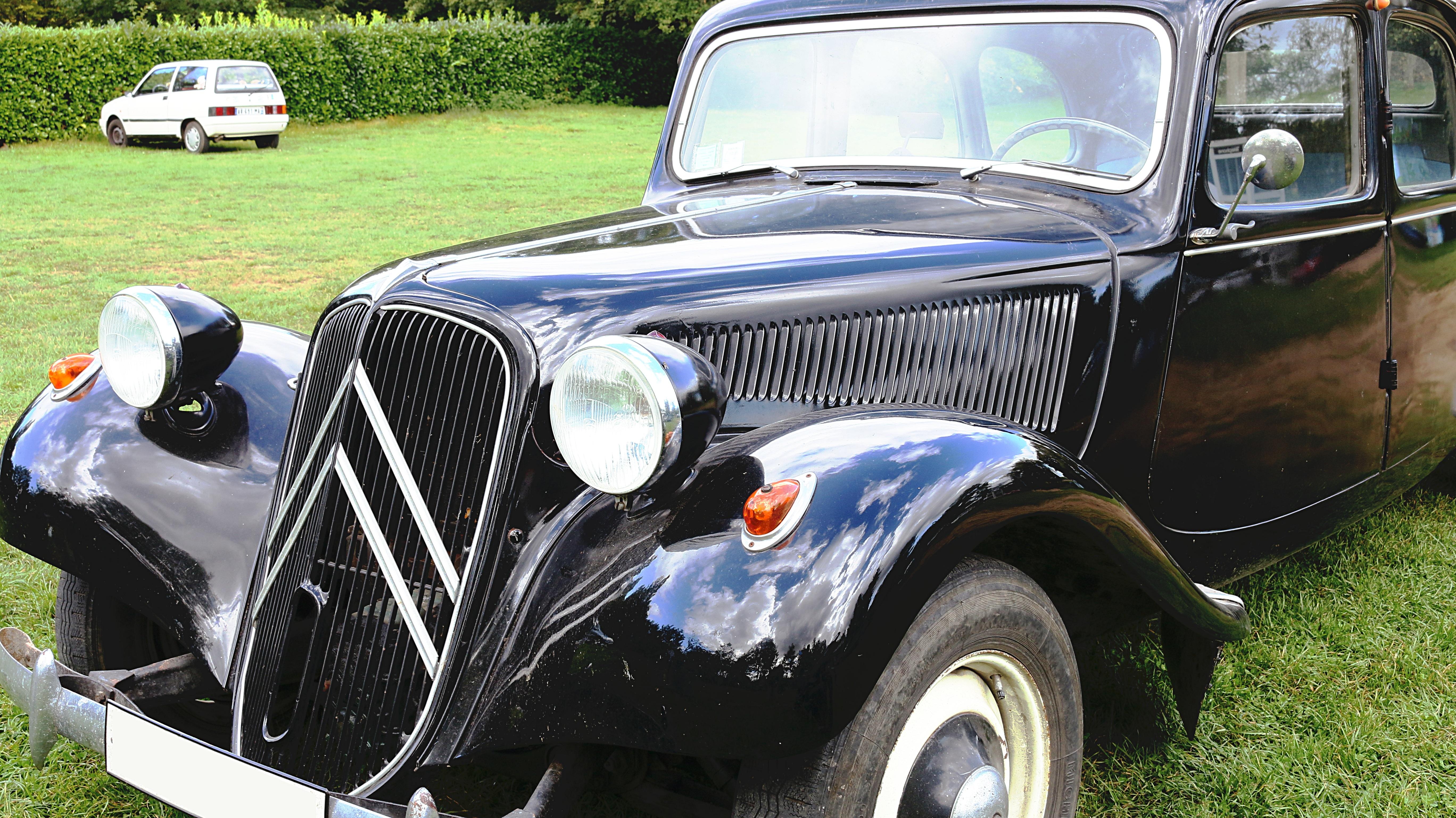 gambar koleksi hitam mobil klasik mobil antik sedan daya tarik bekas mobil tua. Black Bedroom Furniture Sets. Home Design Ideas