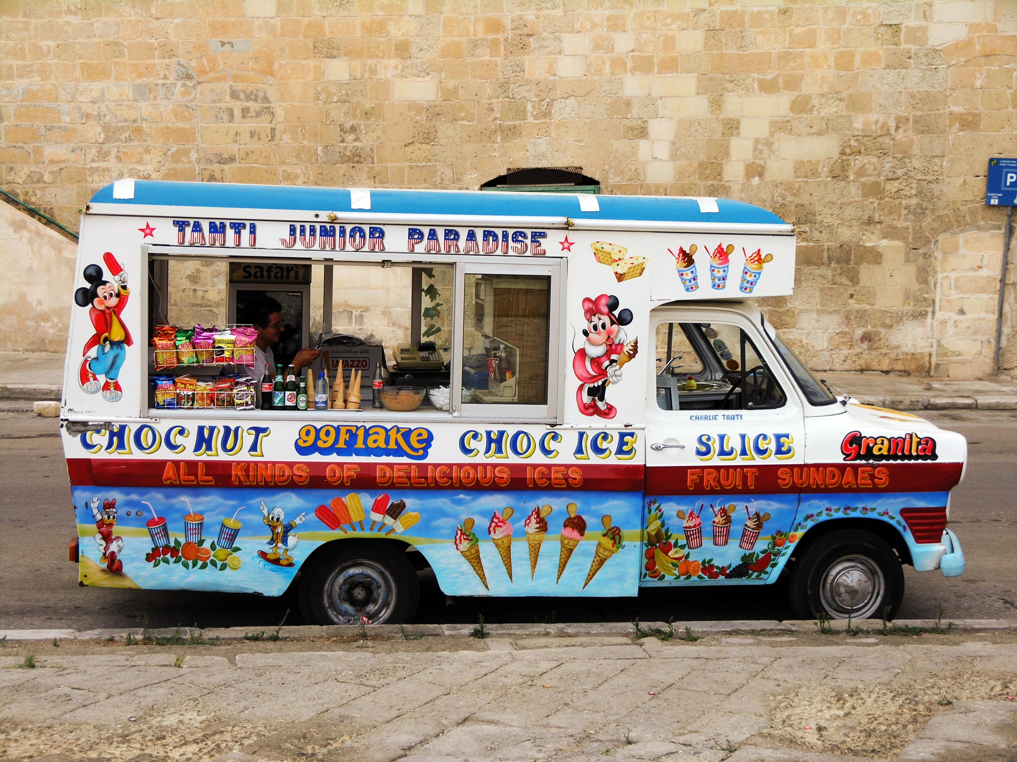 Fotos gratis : coche, hielo, vehículo, helado, autobús, art ...