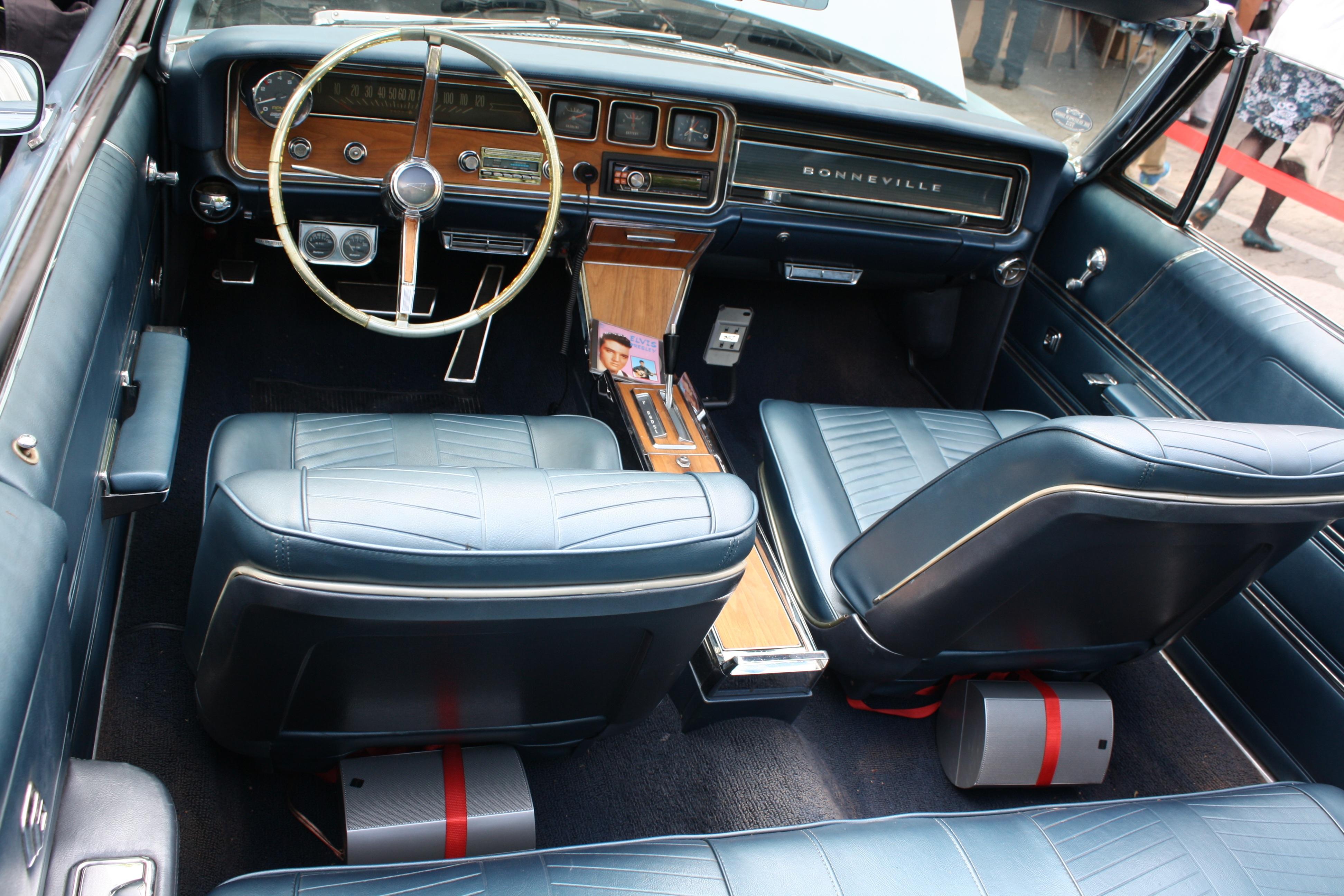 Kostenlose foto : Innere, alt, Fahrzeug, Lenkrad, Kraftfahrzeug ...
