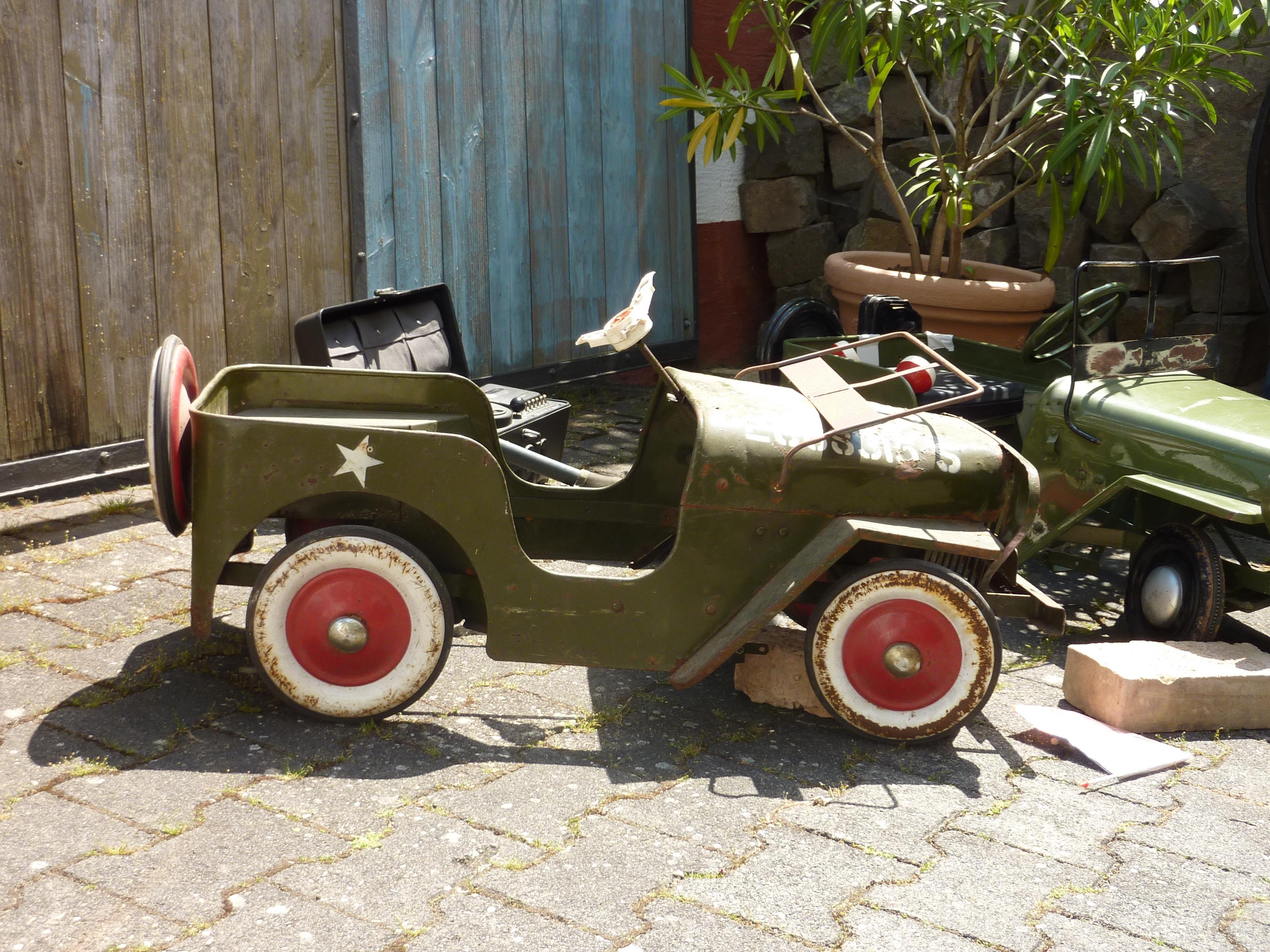 images gratuites vieux auto v hicule moteur voiture ancienne jouets voiture ancienne. Black Bedroom Furniture Sets. Home Design Ideas