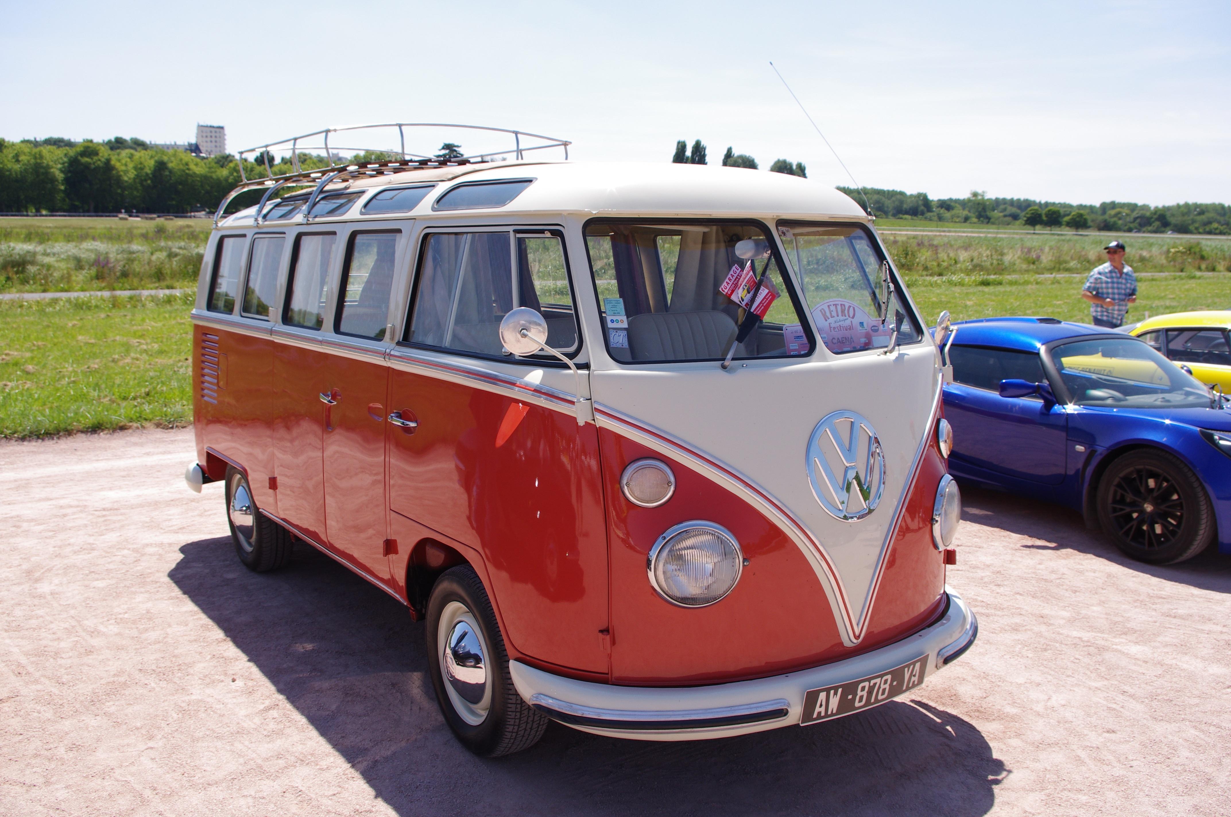 images gratuites r tro vieille voiture v hicule moteur minibus voiture ancienne voiture. Black Bedroom Furniture Sets. Home Design Ideas
