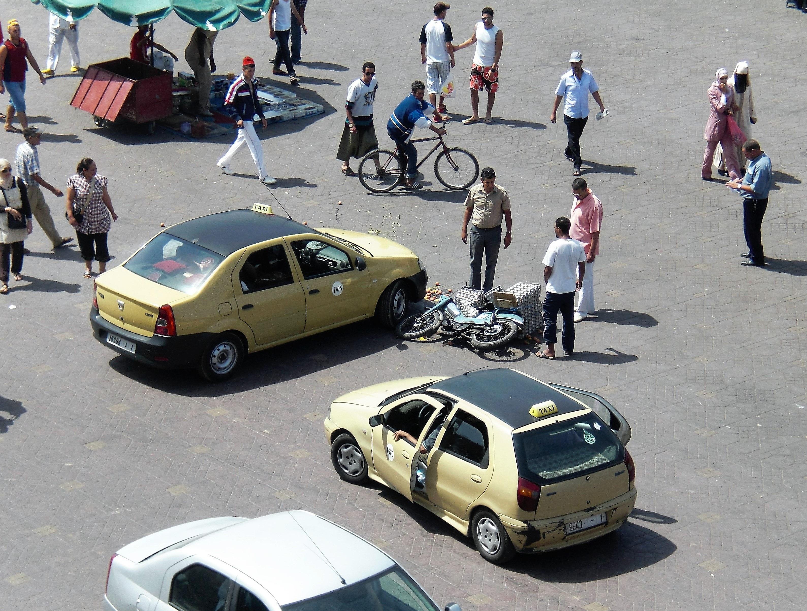 Kostenlose foto : Auto, Taxi, Transport, Fahrzeug, gebrochen, Eier ...