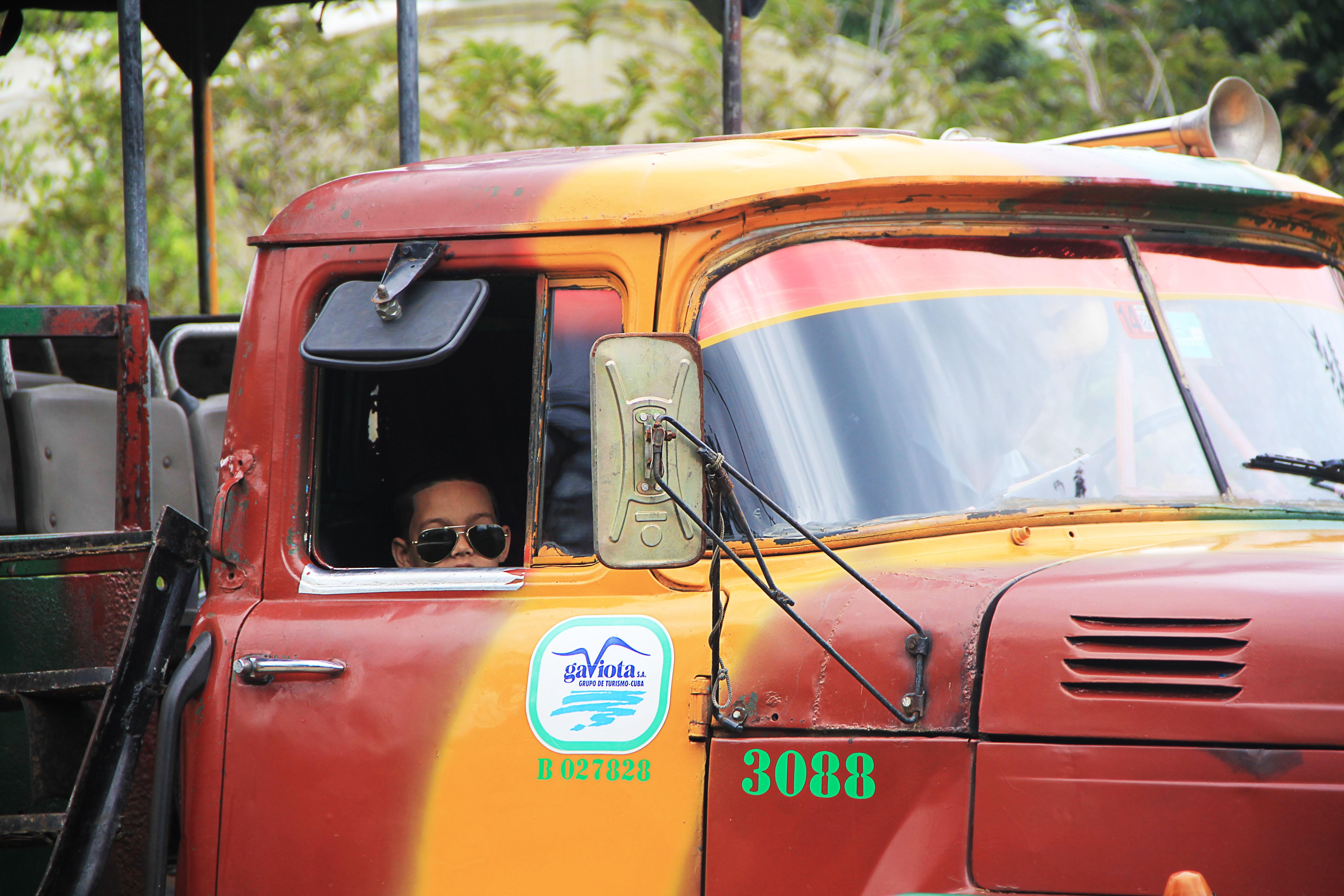 Kostenlose Foto Taxi Lkw Fahrzeug Kraftfahrzeug Oldtimer Kuba