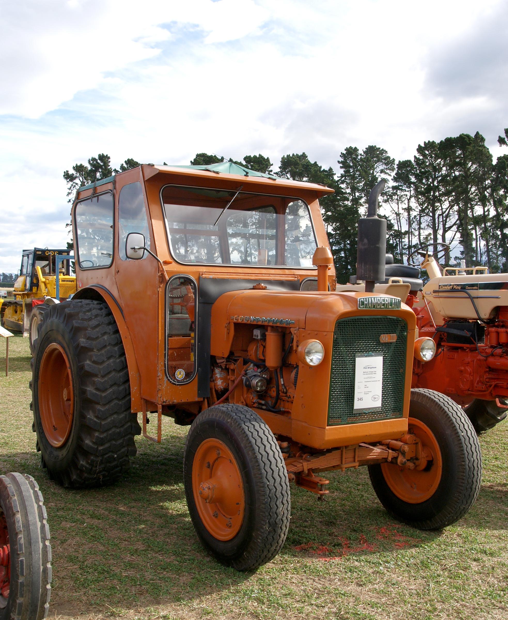 марки и картинки тракторов те, кто