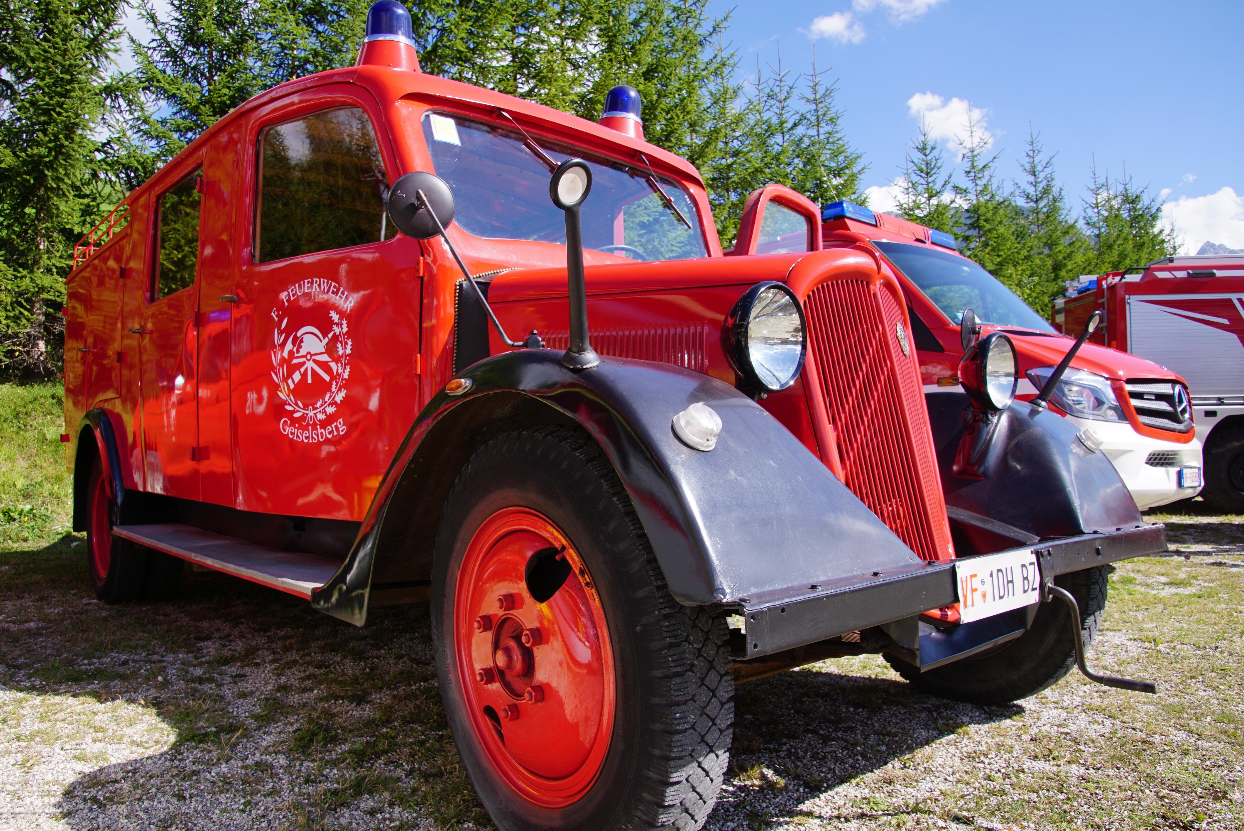Kostenlose Foto Lkw Rot Fahrzeug Feuer Feuerwehrauto