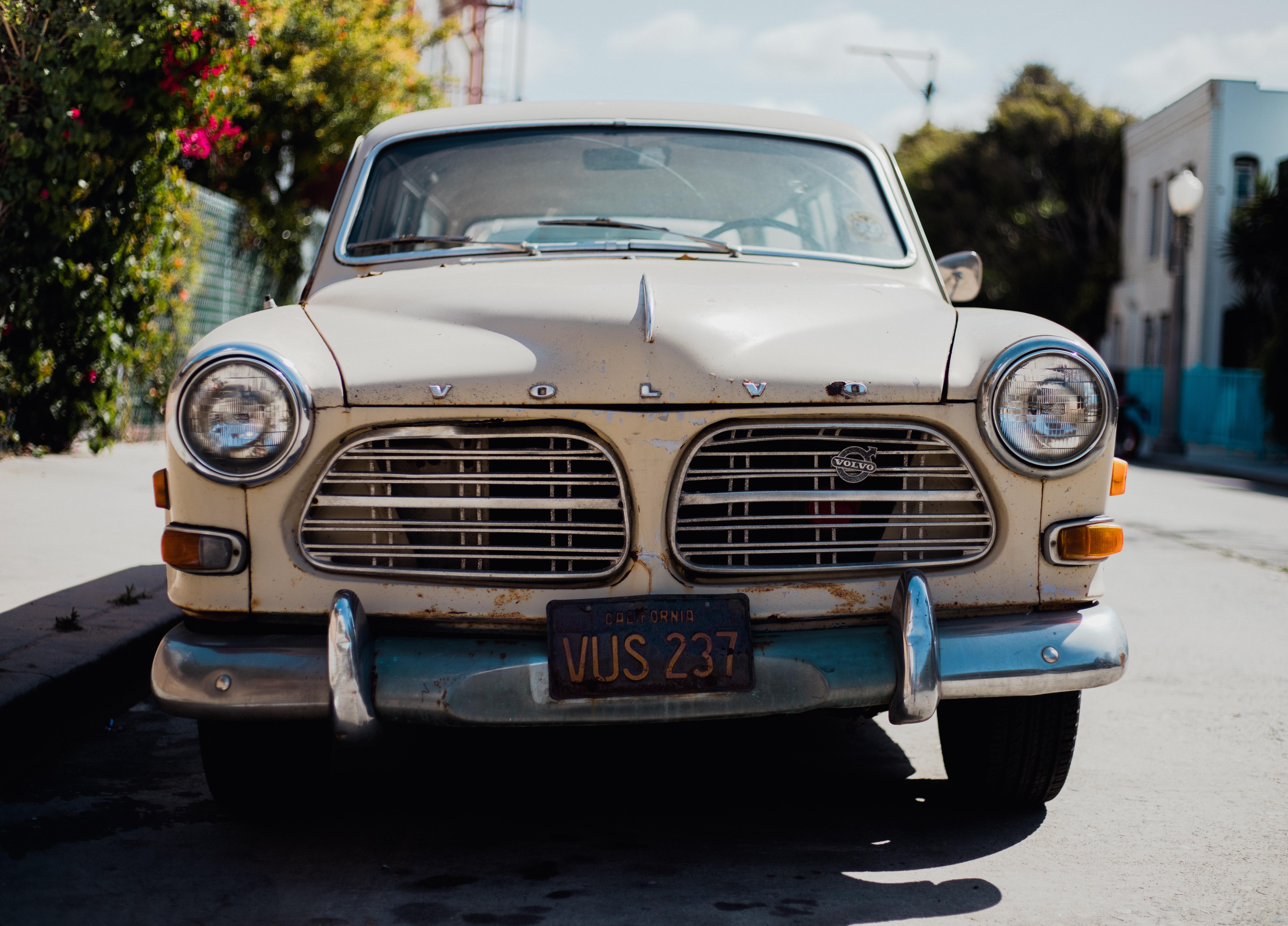94 Koleksi Gambar Mobil Sedan Volvo Terbaik
