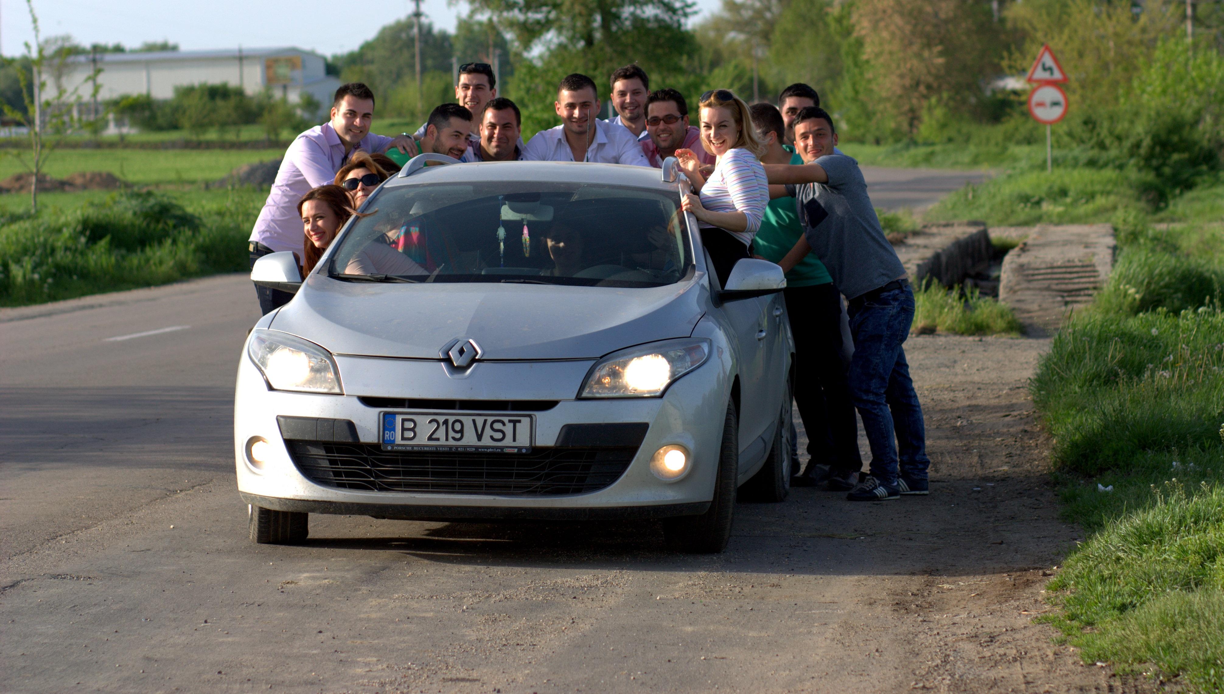 43 Koleksi Gambar Mobil Sedan Lucu HD