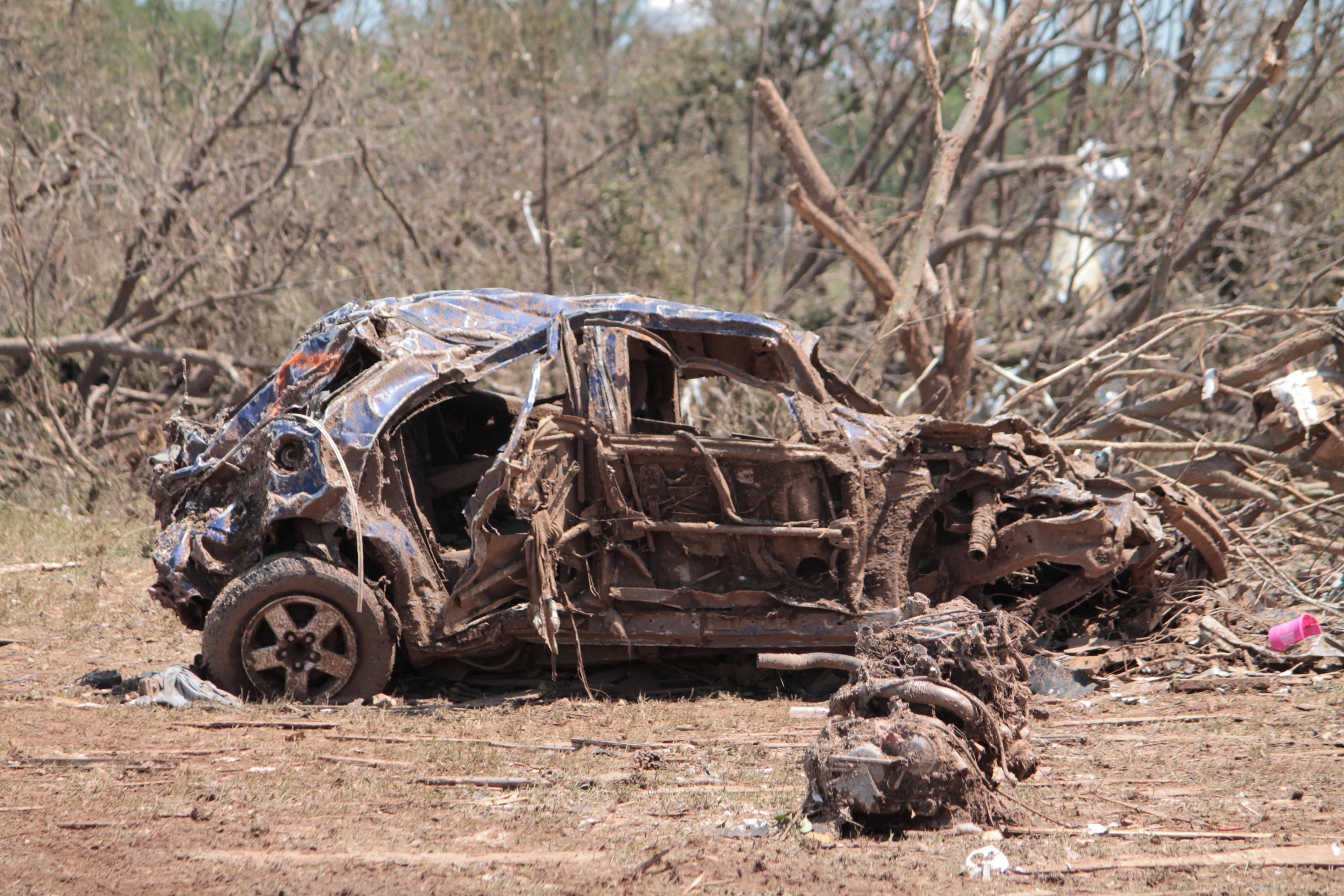 Car Vehicle Mud Soil Ruin Material Destroyed Tornado Natural Disaster Racing Destruction Oklahoma Moore Devastation