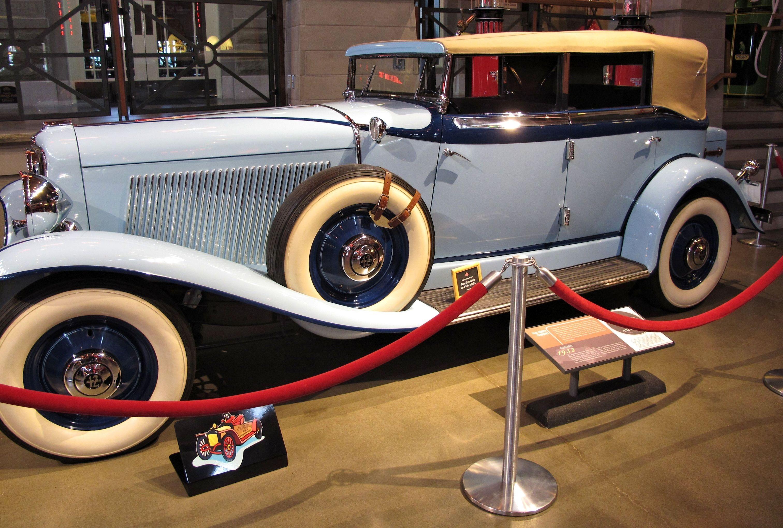 musee de voiture ancienne. Black Bedroom Furniture Sets. Home Design Ideas