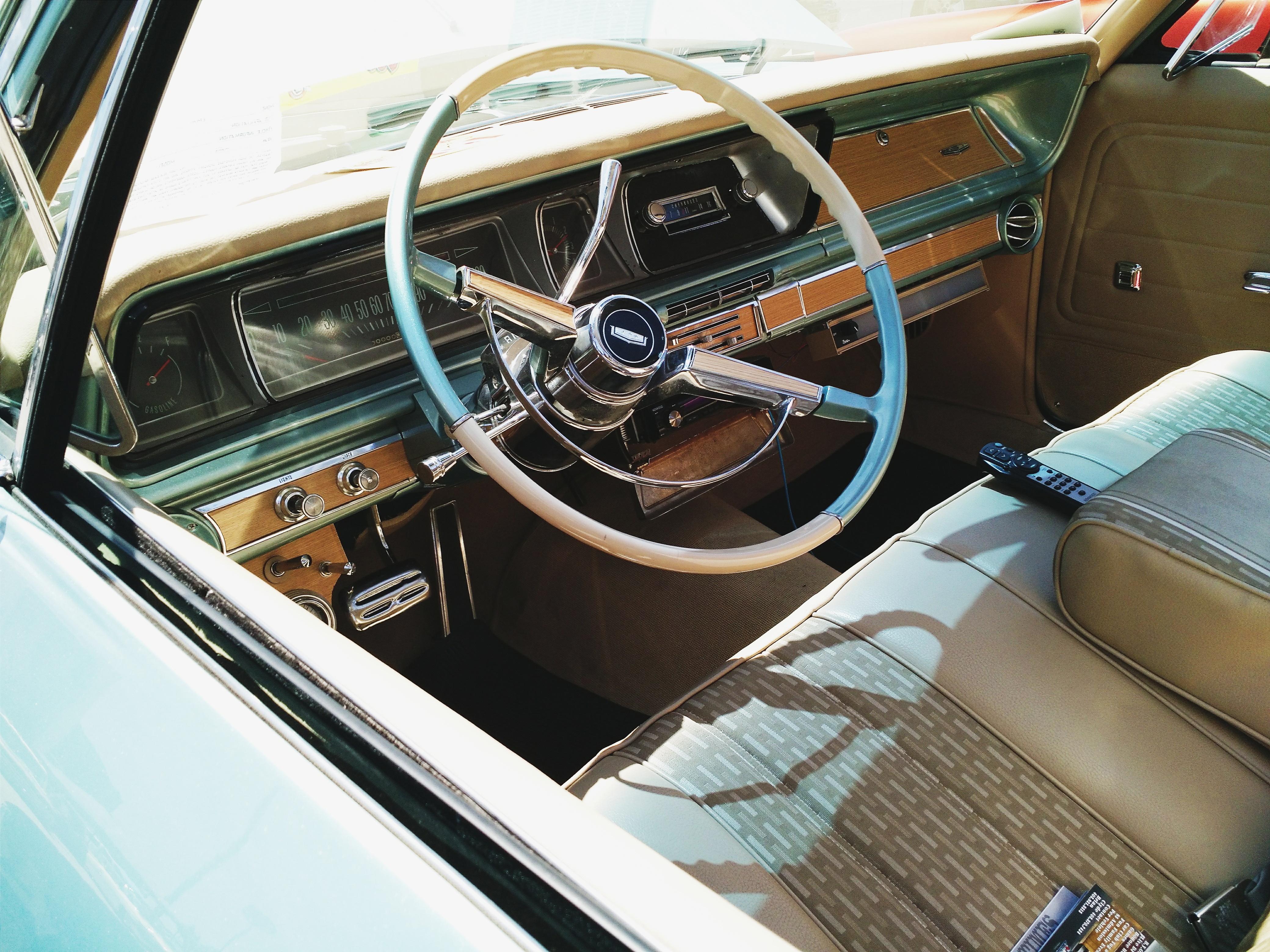 images gratuites cru volant v hicule moteur voiture. Black Bedroom Furniture Sets. Home Design Ideas