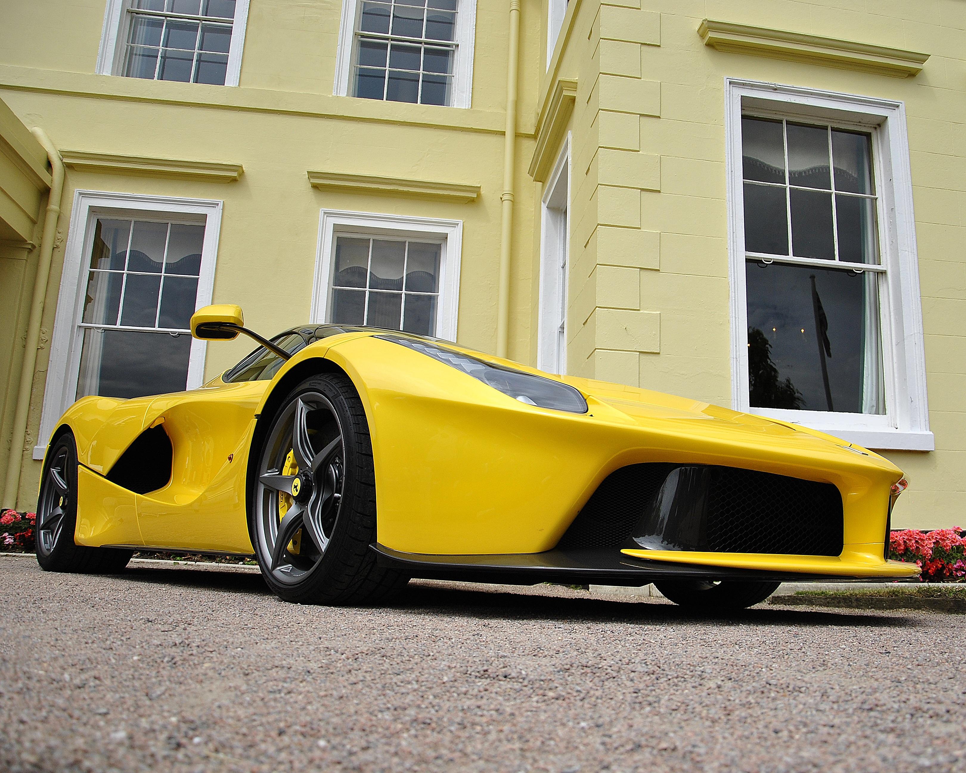 Free wheel sports car bumper supercar style ferrari
