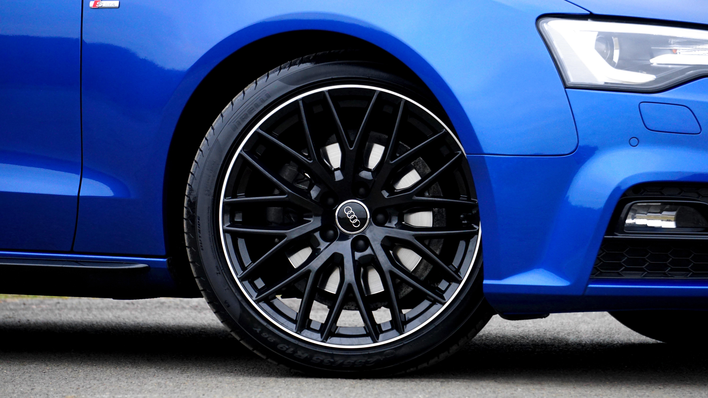 Free Images Wheel Tire Sports Car Bumper Rim Sedan Auto - Audi car tires