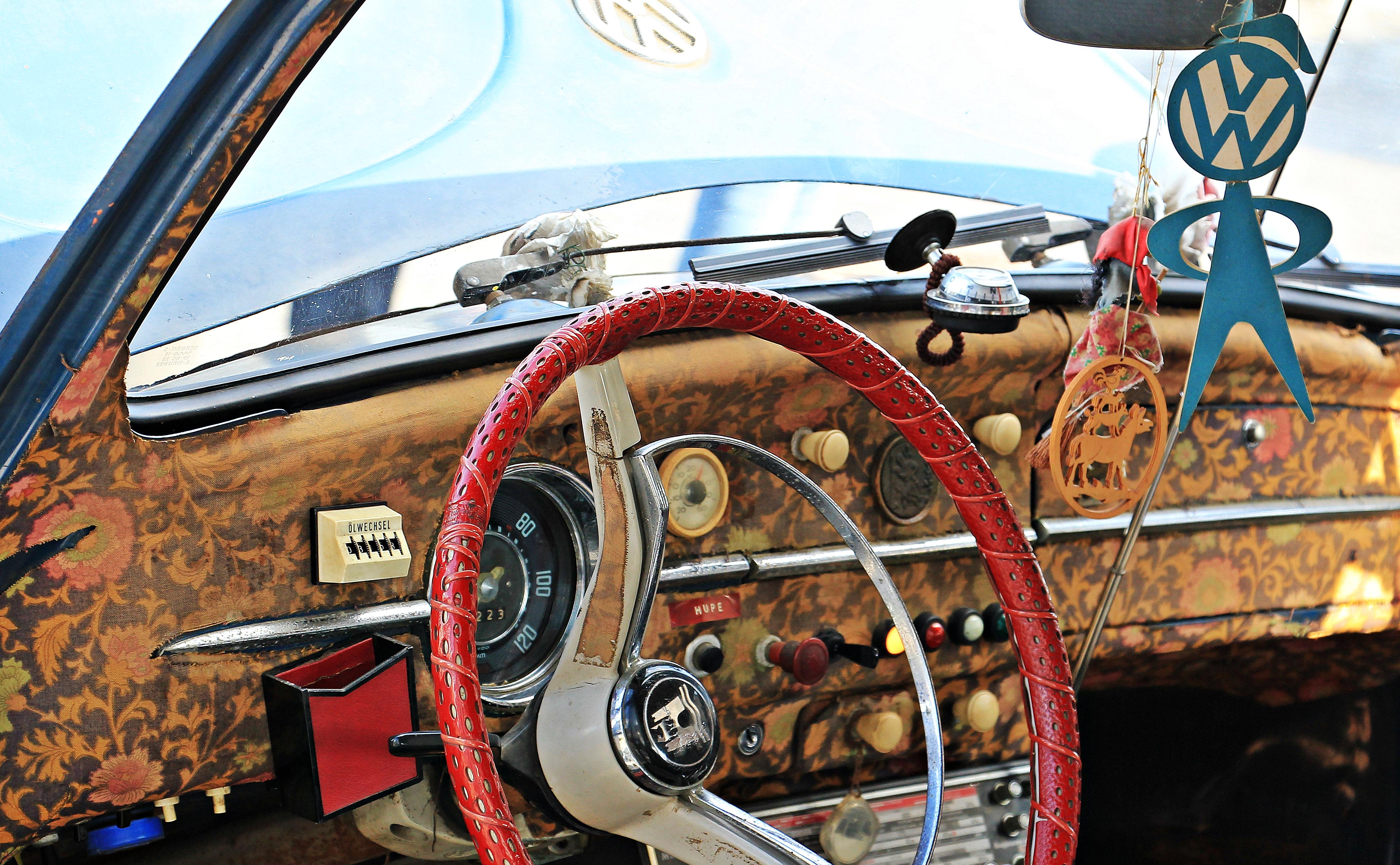 https://get.pxhere.com/photo/car-wheel-retro-interior-vw-volkswagen-old-vehicle-auto-memory-nostalgia-automotive-motor-vehicle-vintage-car-close-up-herbie-vw-beetle-details-germany-oldtimer-hippie-nostalgic-detail-classic-german-beetle-past-dare-antique-car-volkswagen-vw-old-time-hippie-car-year-built-1956-land-vehicle-automobile-make-luxury-vehicle-549637.jpg