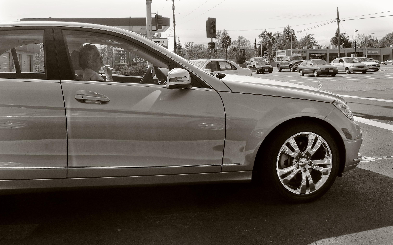 Mercedes Benz Sacramento >> Gambar Roda California Bumper Pelek Sedan Mercedes