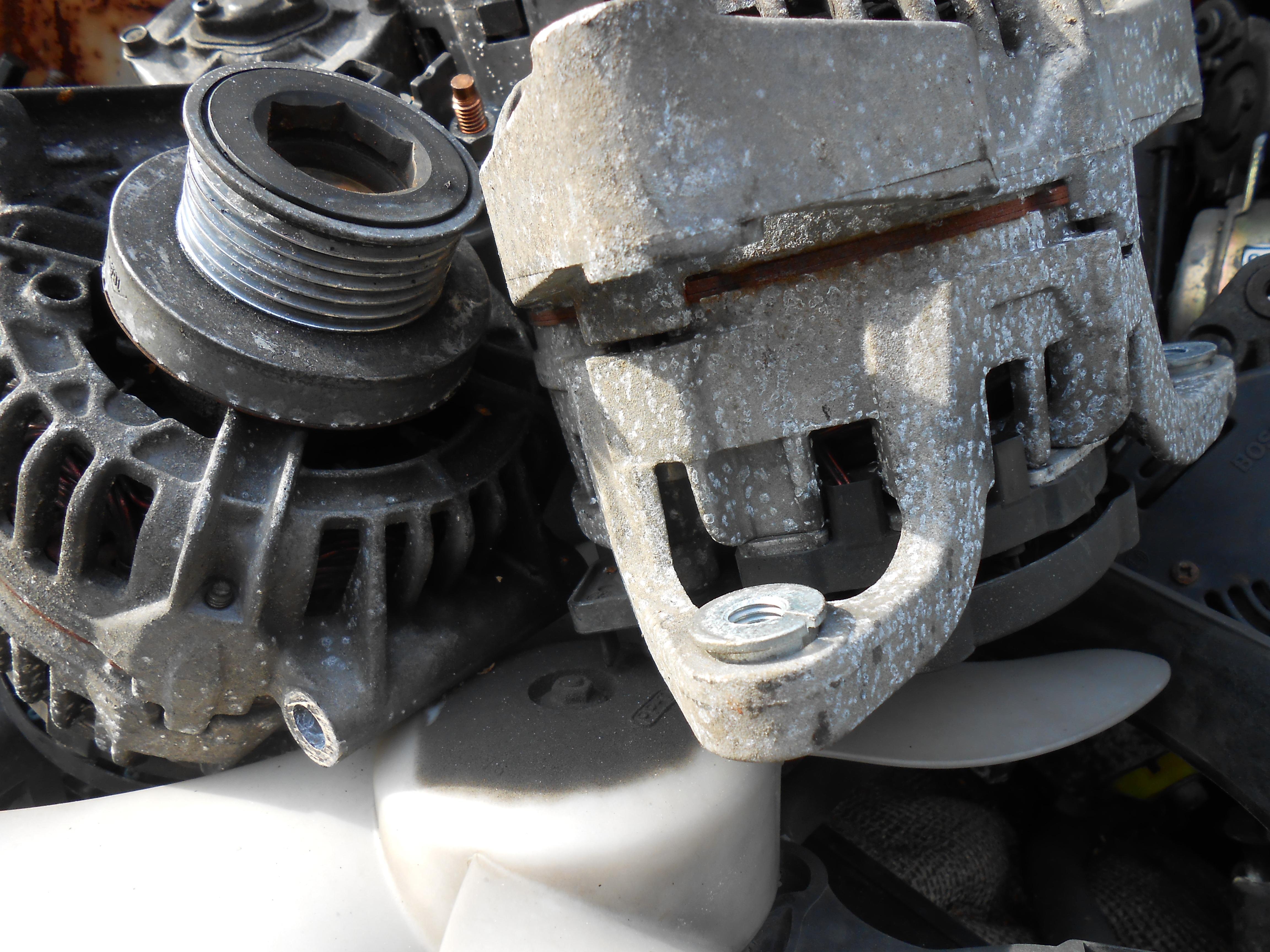 Kostenlose foto : Rad, Fahrzeug, Lenkrad, Reifen, Stoßstange, grau ...