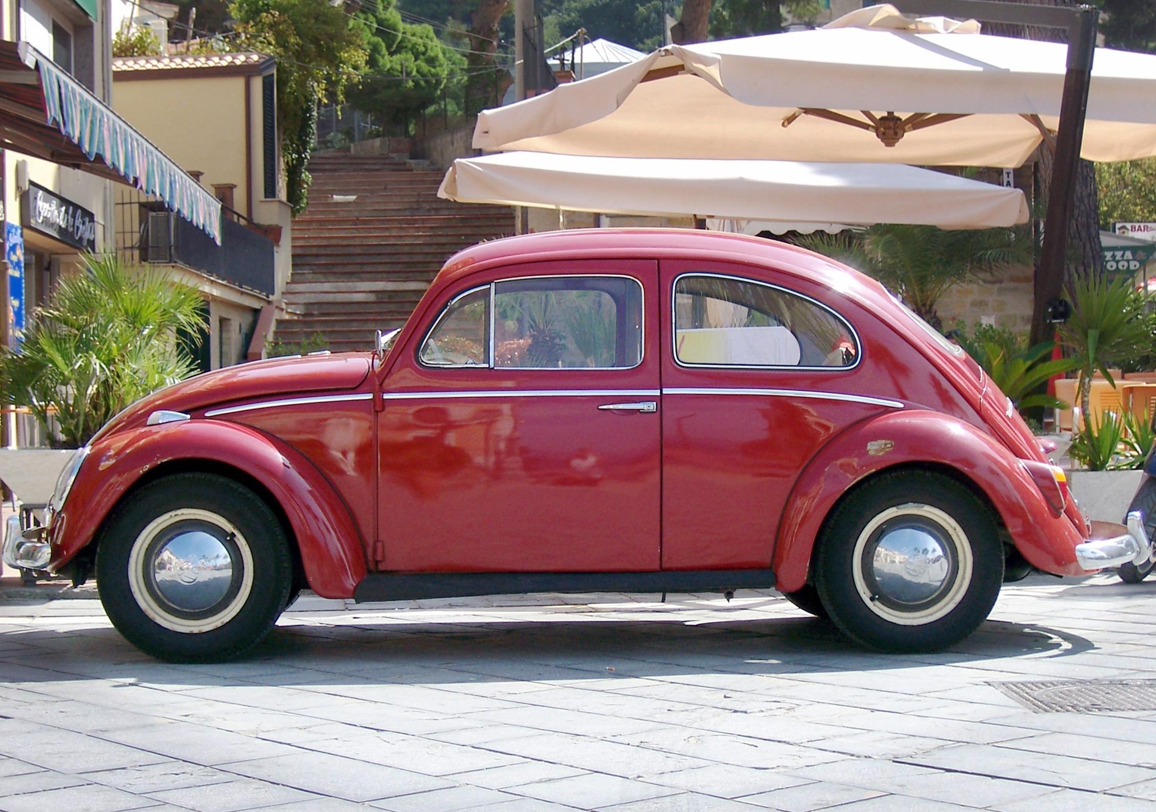 images gratuites roue t rouge auto v hicule. Black Bedroom Furniture Sets. Home Design Ideas