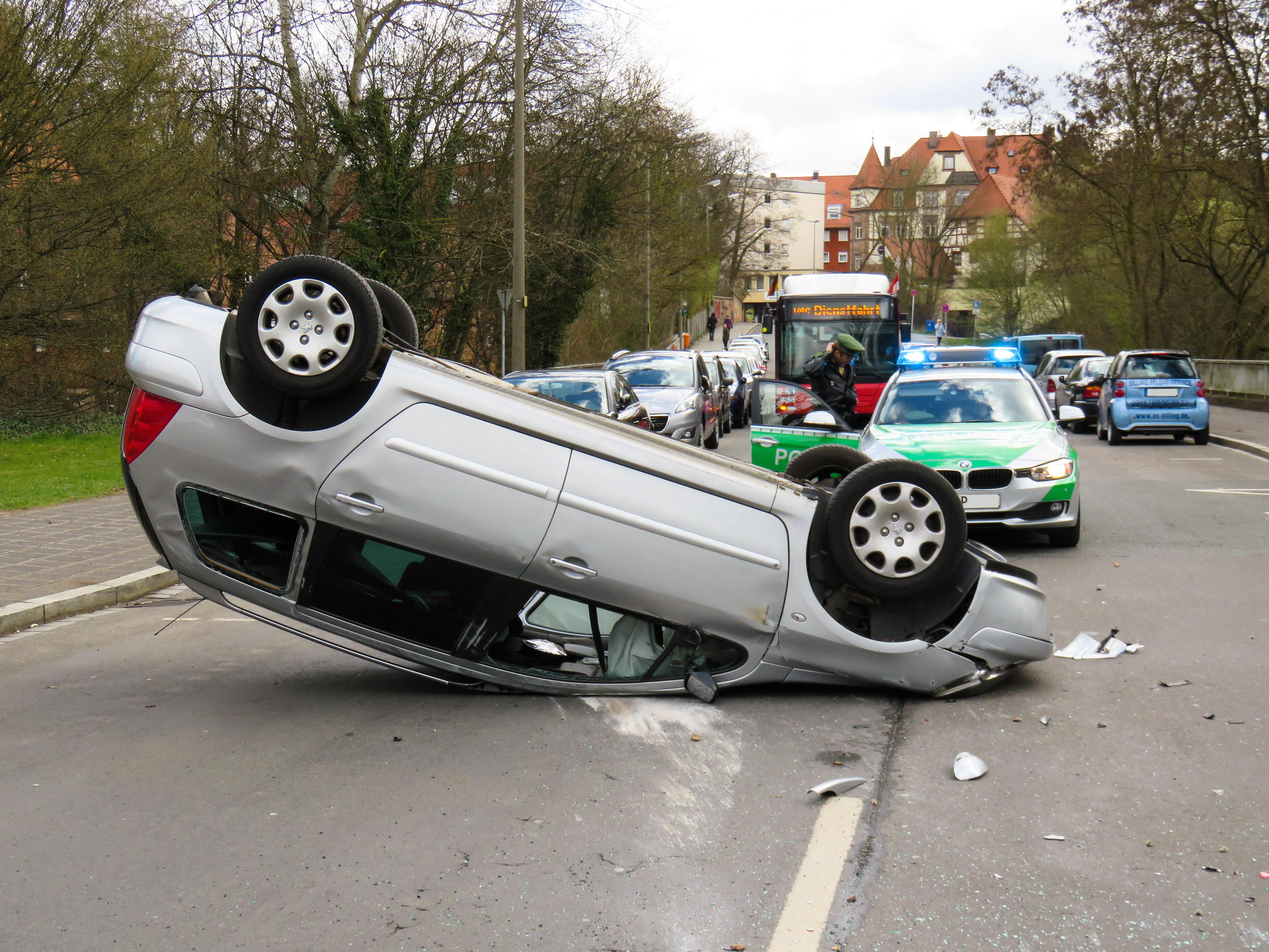 Kostenlose foto : Auto, Werkstatt, Fahrzeug, gebrochen, Sportwagen ...