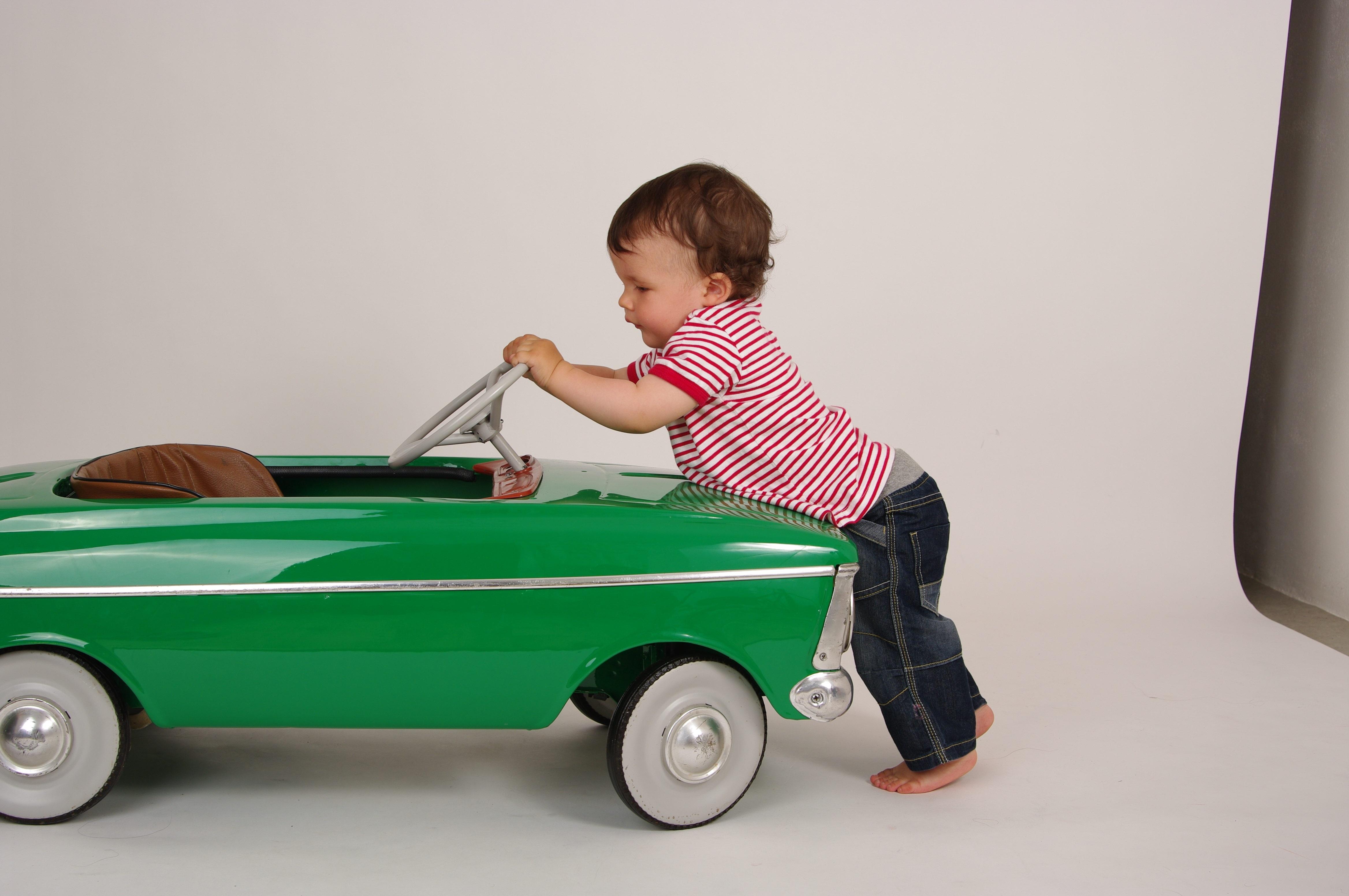 images gratuites chariot gar on v hicule enfant jouet b b produit pousser voiture. Black Bedroom Furniture Sets. Home Design Ideas