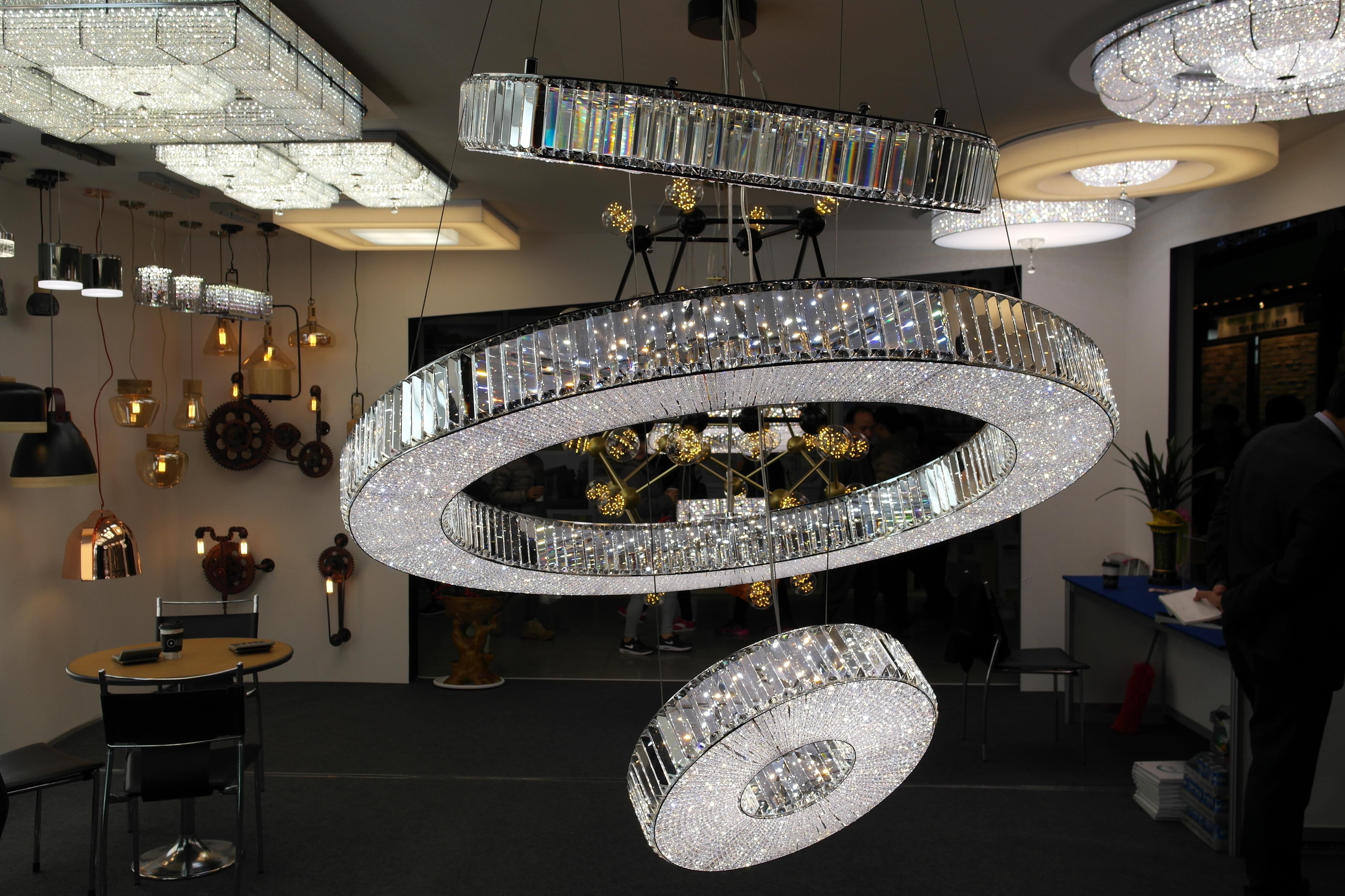 무료 이미지 : 천장, 인테리어 디자인, 관광 명소, 실내 조명 ...