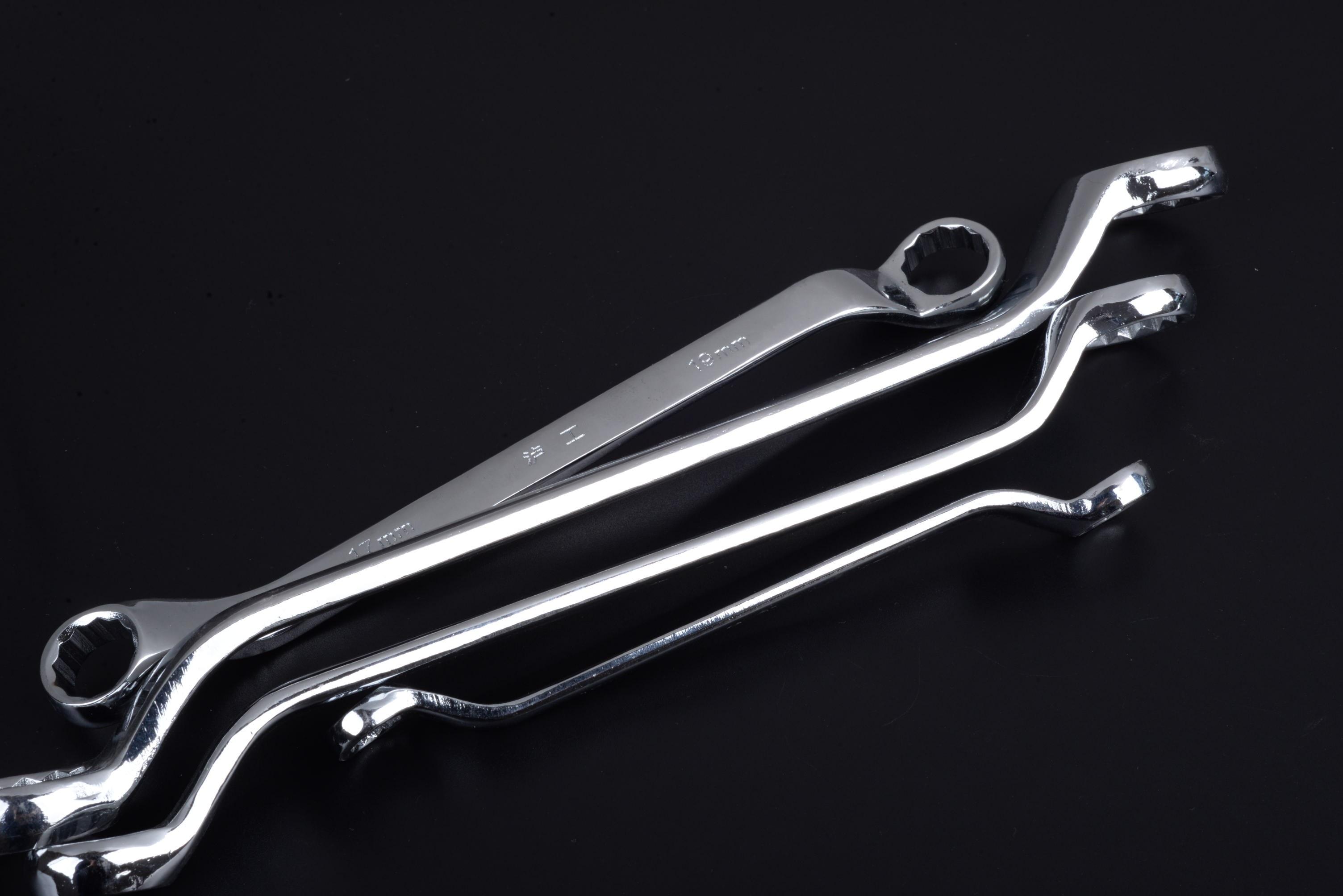Fotos gratis : cadena, acero, artesanía, herramientas, llave inglesa ...