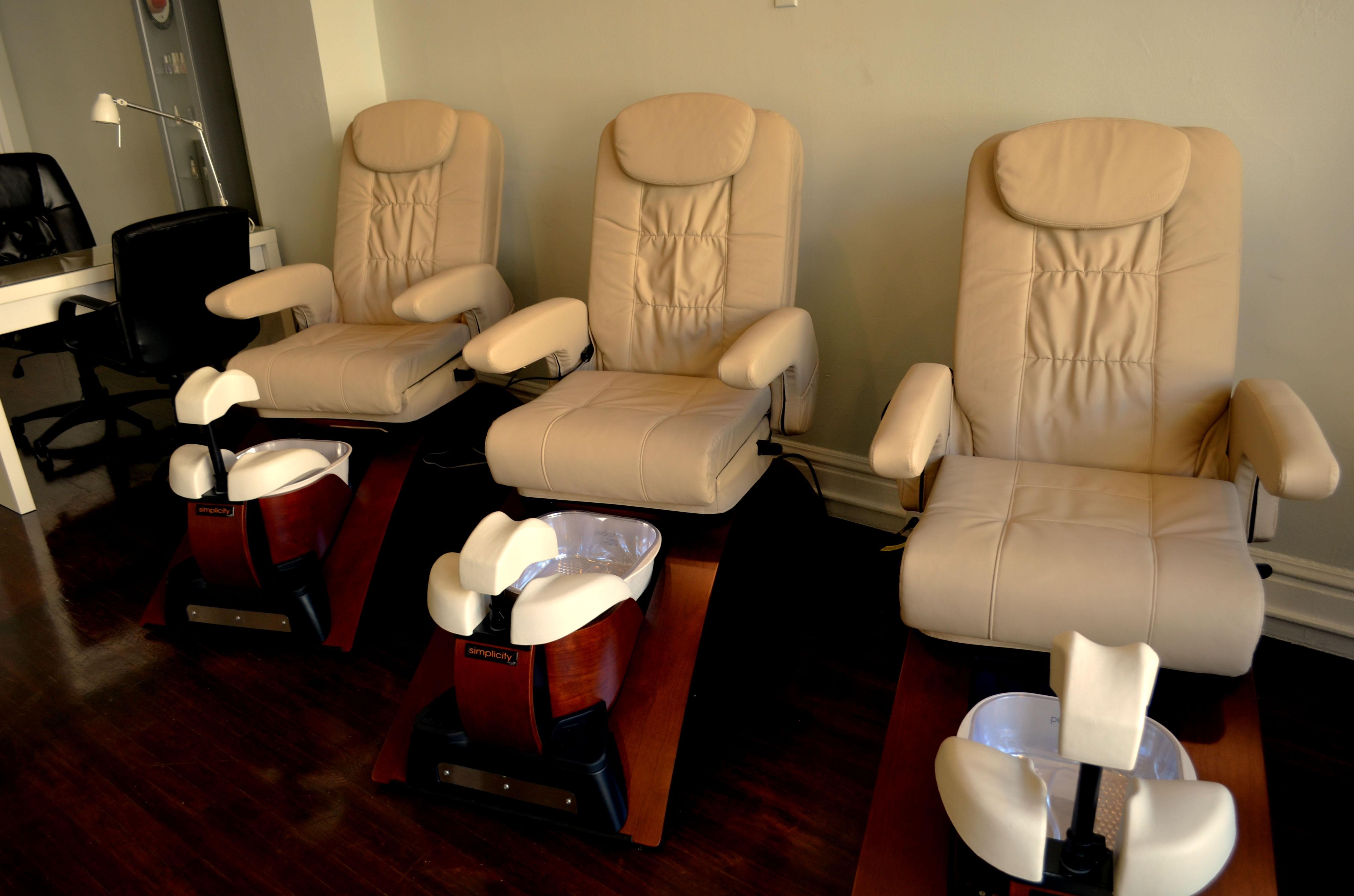 Fotos gratis : silla, sala, mueble, habitación, iluminación, sillas ...