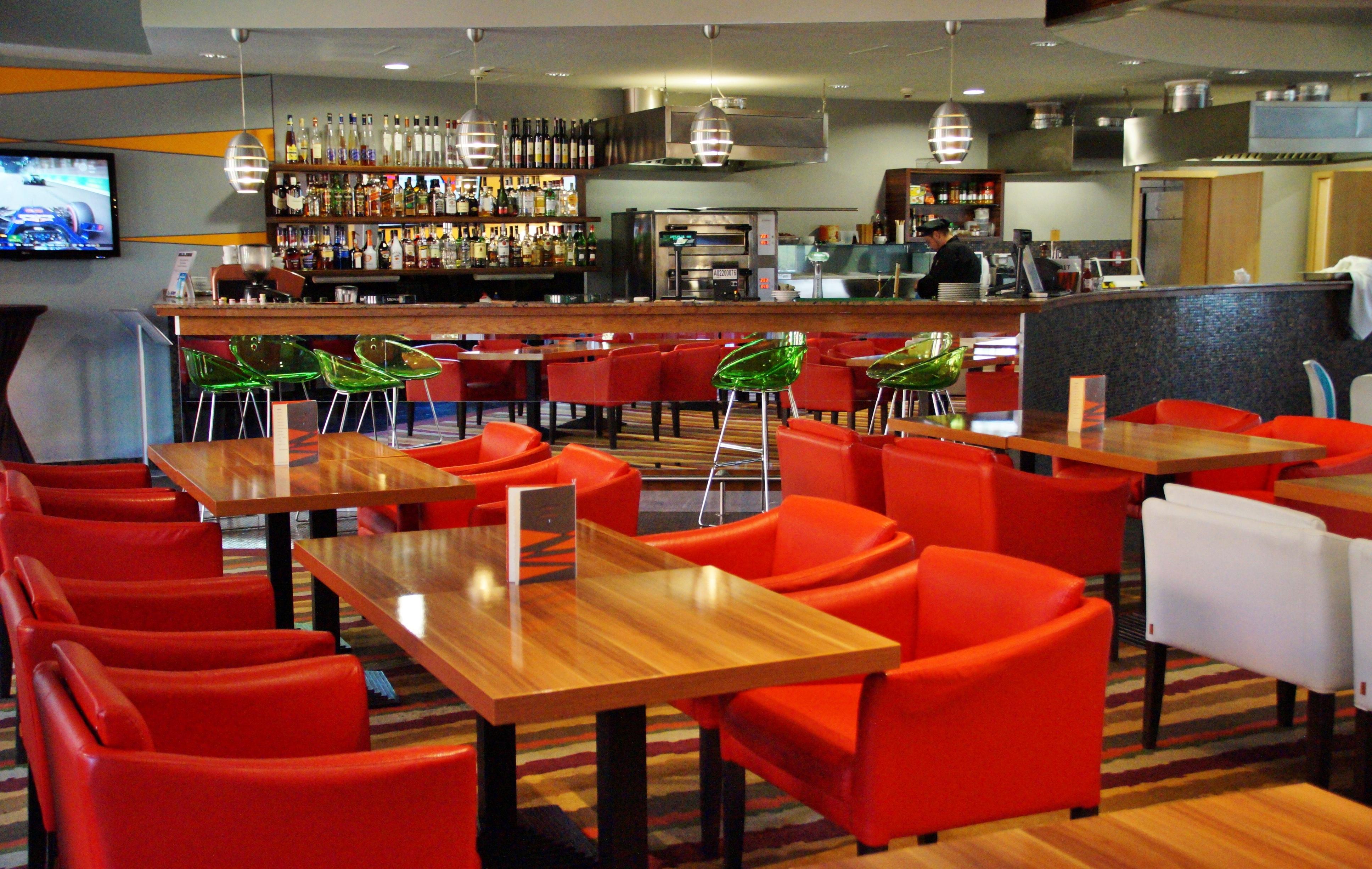 tables et chaises restaurant galiane meubles et mobilier. Black Bedroom Furniture Sets. Home Design Ideas