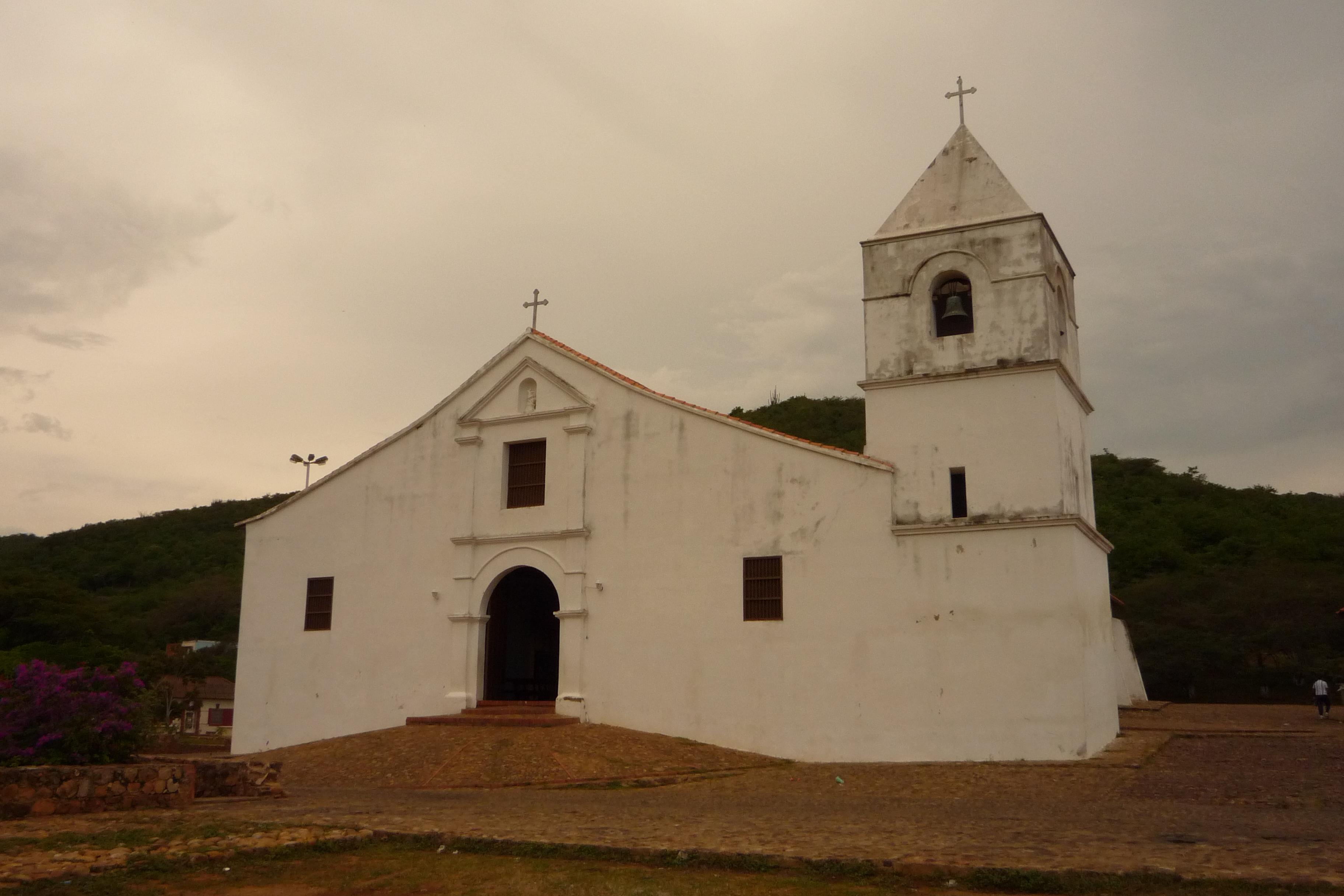 Immagini belle chiesa venezuela cielo sito storico for Sito storico