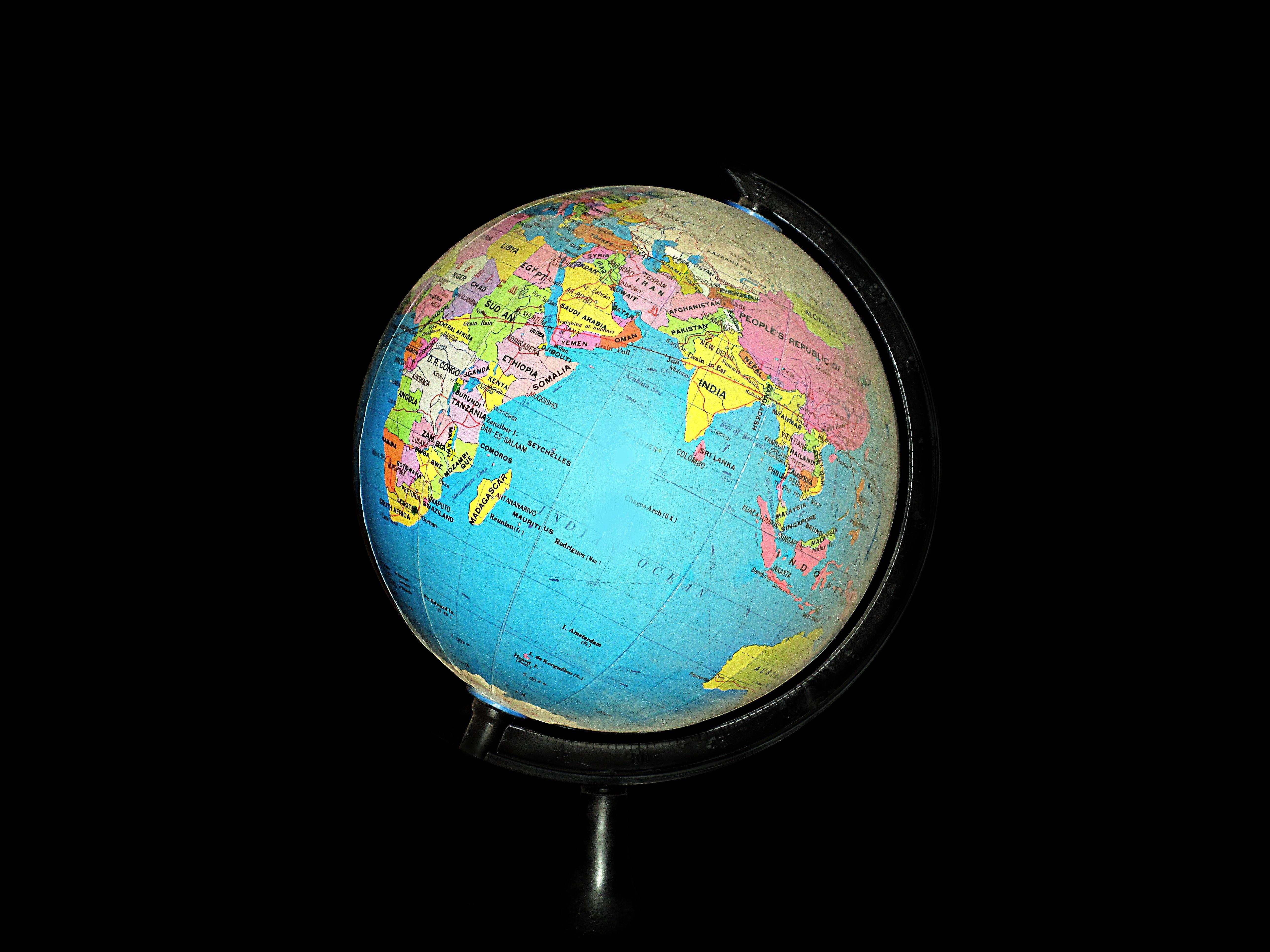 Wereldbol Met Licht : Gratis afbeeldingen cirkel wereldbol wereld aarde