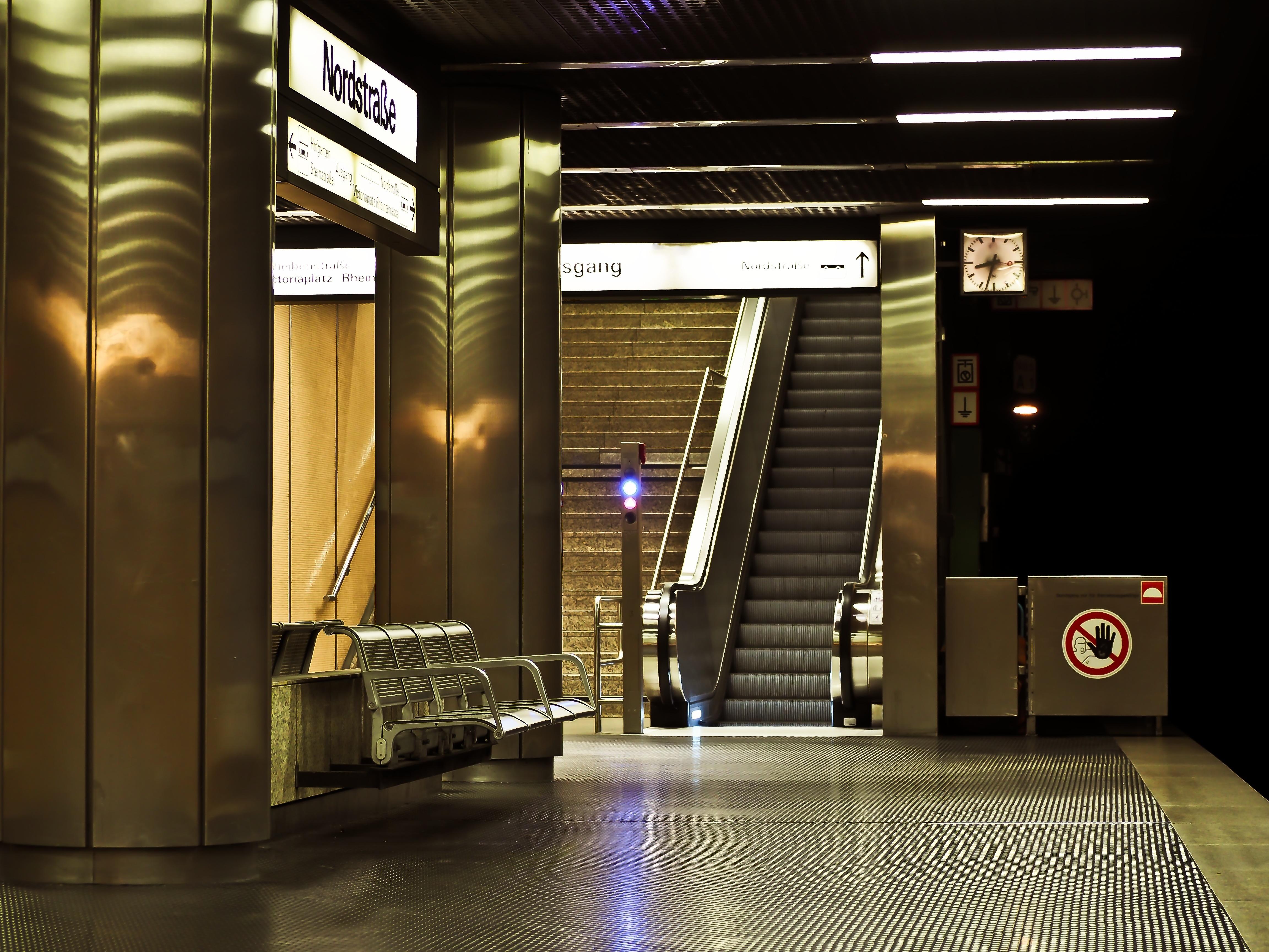 Design Düsseldorf free images city escalator subway metro platform