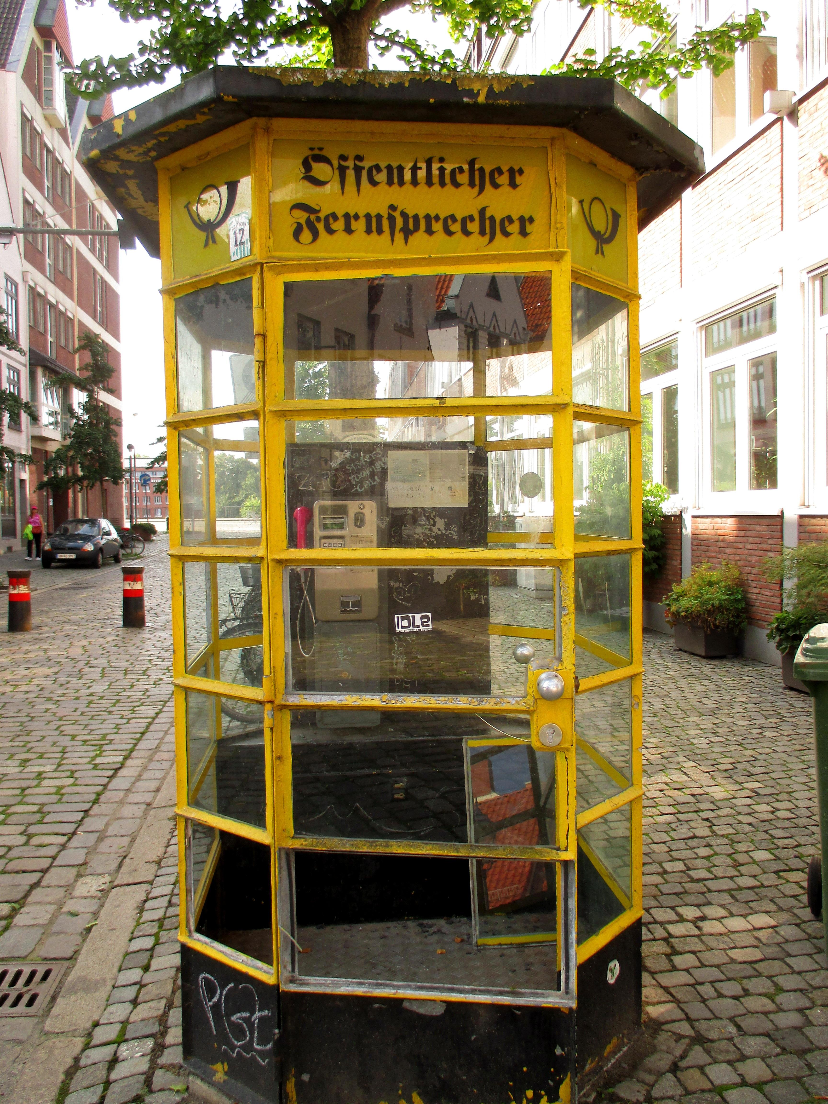 รูปภาพ : เมือง, สีเหลือง, คีออสก์, โทรศัพท์สาธารณะ ...