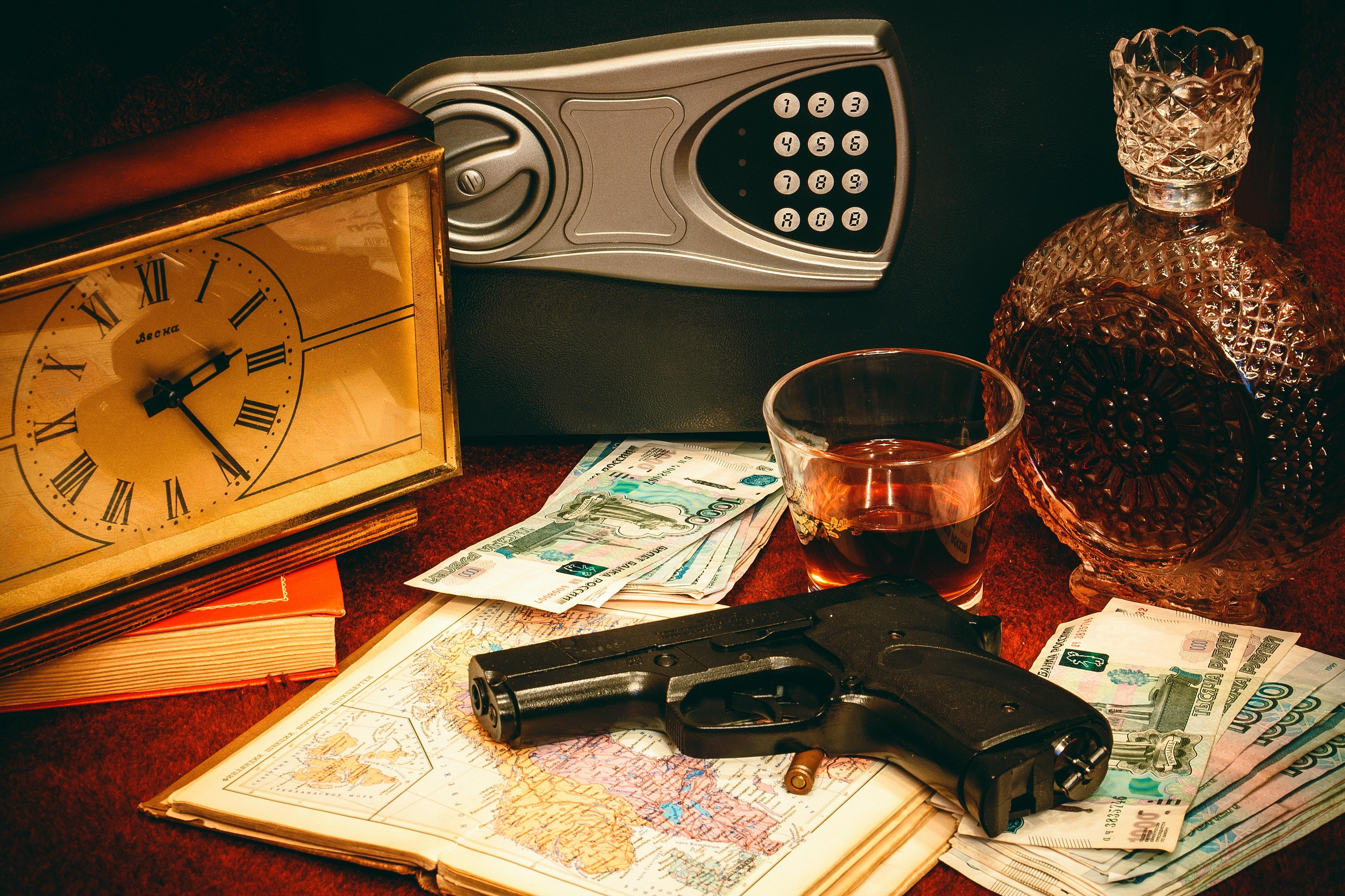 Fotoğraf Saat Para Boyama Sanat Silah Emanet Kasası Ruble
